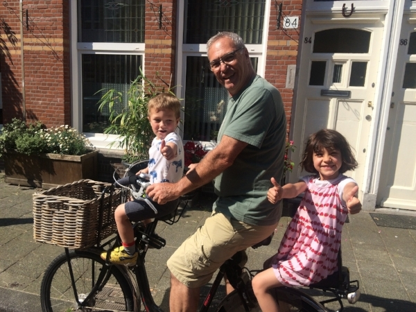 Of course hauling grand kids doesn't count! We have been fortunate to enjoy our French grandchildren often. Here's grandpa with Marcel and Colette and (not shown) little Jacques.