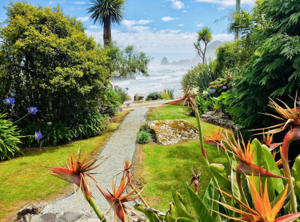 The path to the beach from the garden in front of the house.