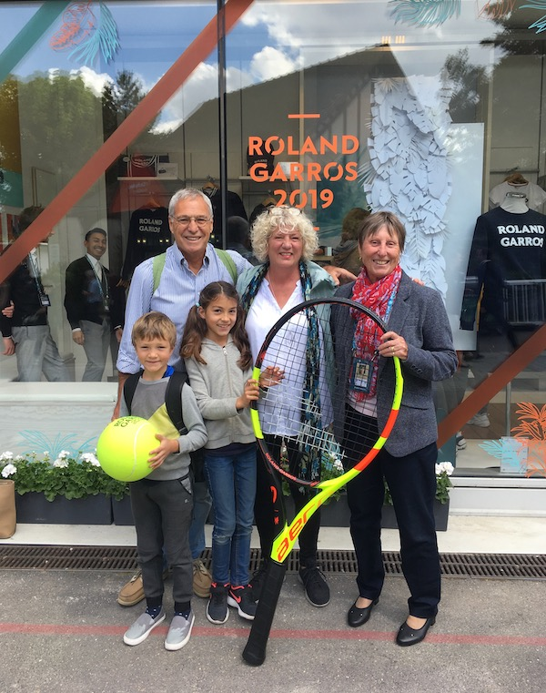 It was a big day out in more ways than one! We were honored to spend some time with the legendary French player, and good friend, Francoise Durr at the French Open at Roland Garros.