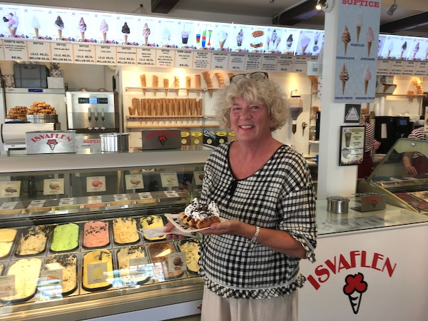 So many ways to have your ice cream! On a Belgian waffle or a freshly made cone? Soft serve? Dipped?
