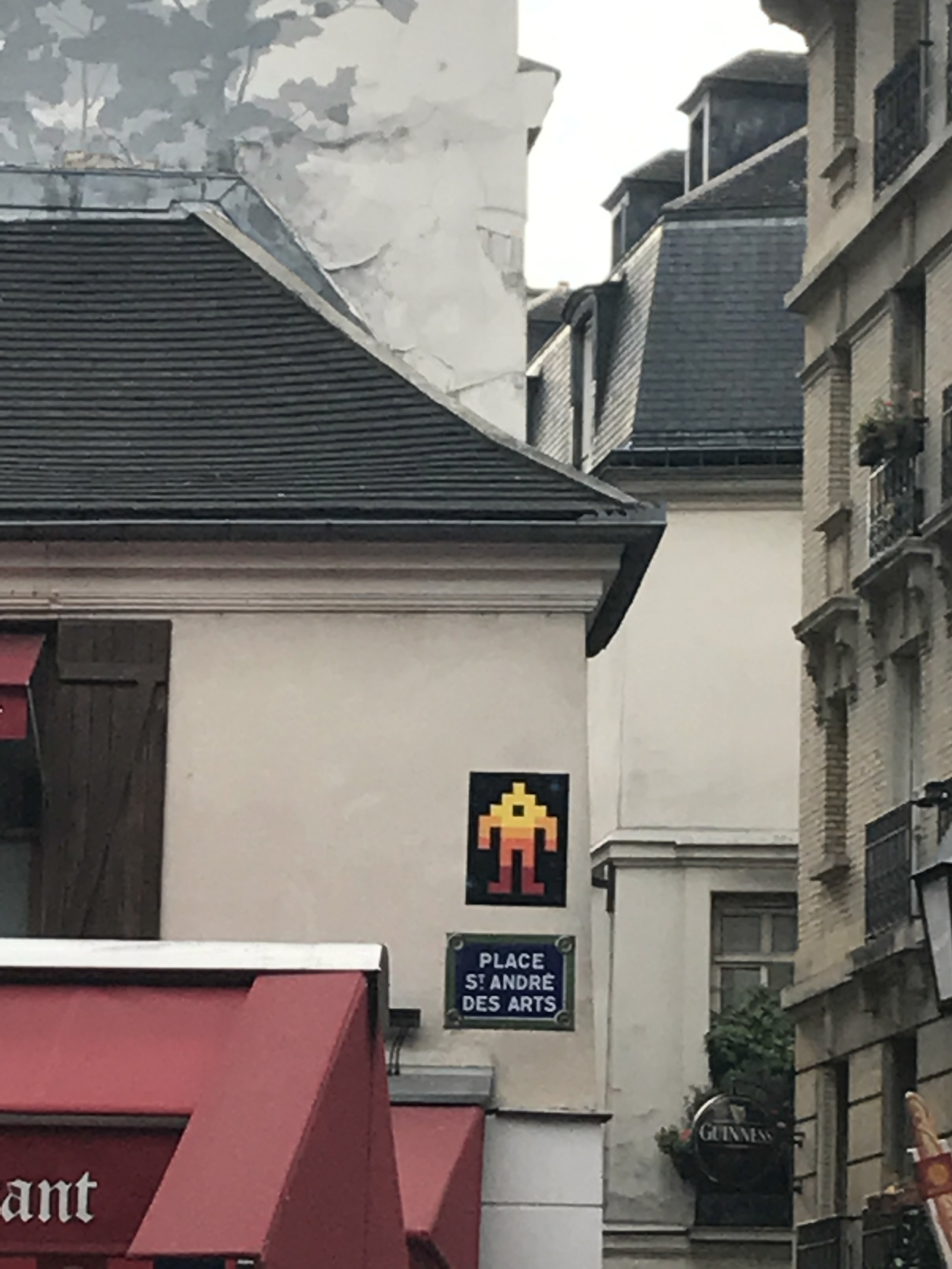 Dr Bookworm Space Invaders Mosaics Paris 5.JPG