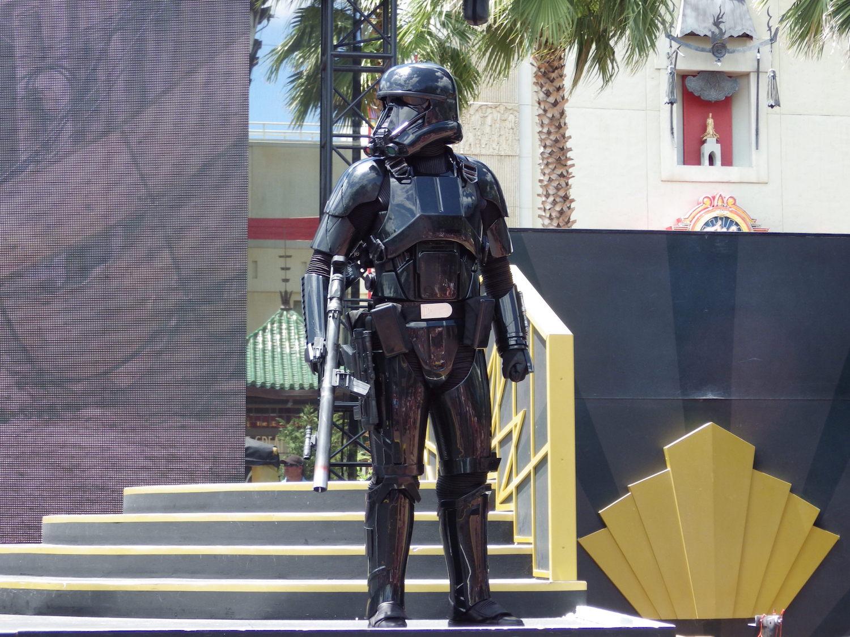 Hollywood-Studios-Star-Wars-010-3x4.jpg