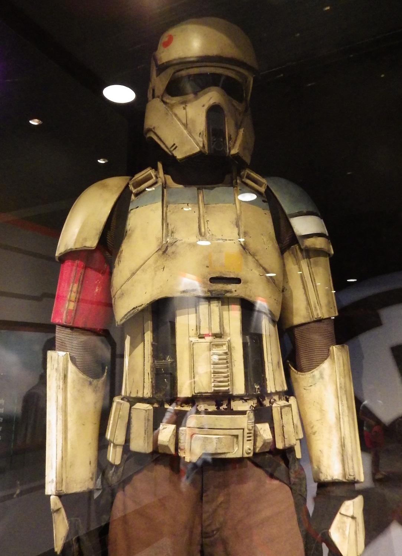 Hollywood-Studios-Star-Wars-030-13x18.jpg