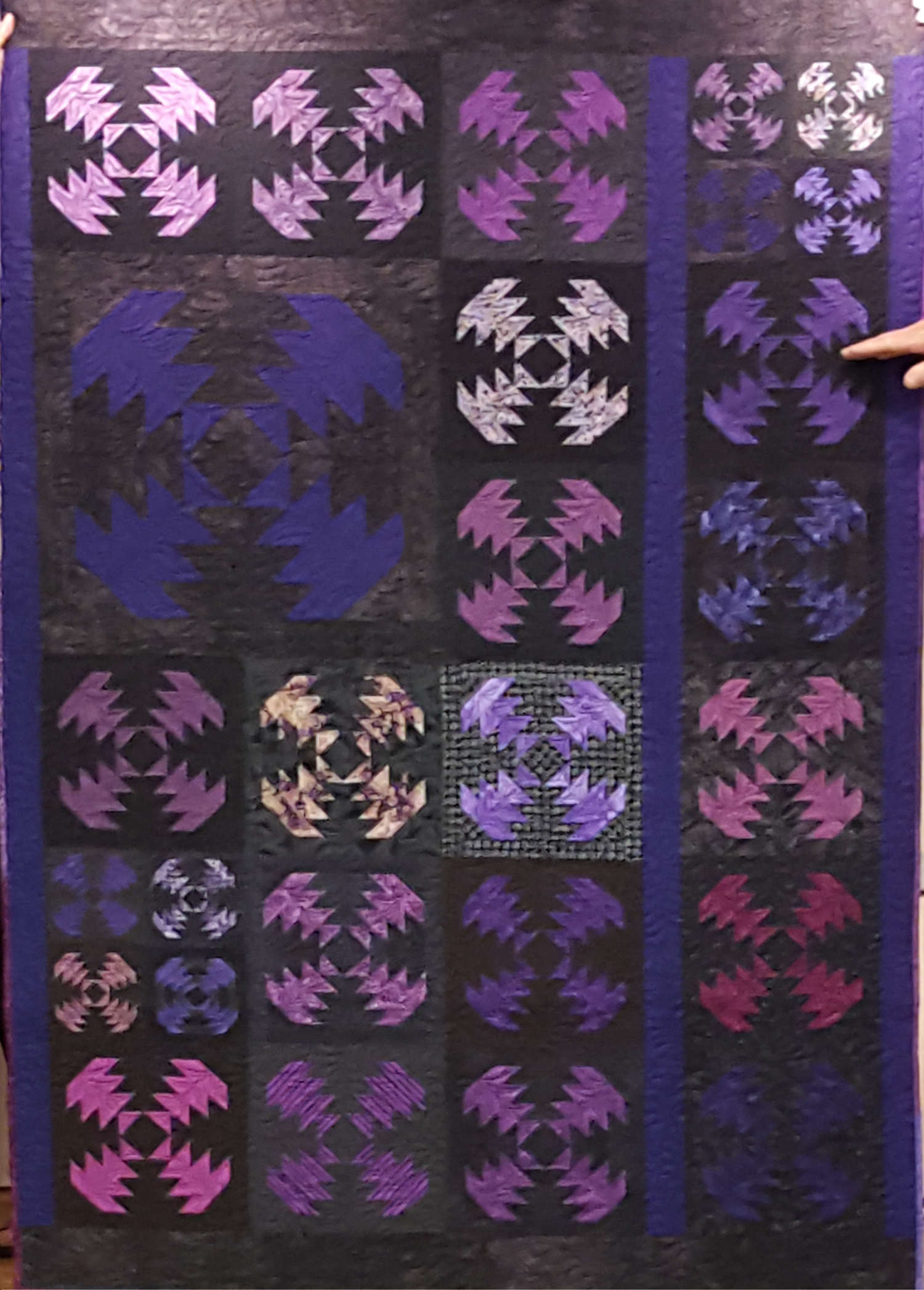 purple pineapples 3 sizes.jpg