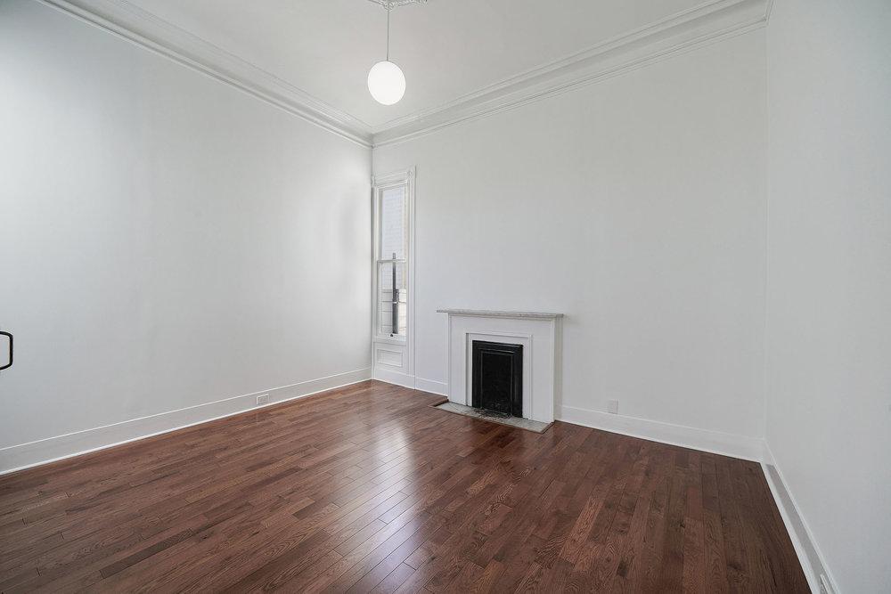 1911+1-2+1st+bedroom+fireplace.jpg