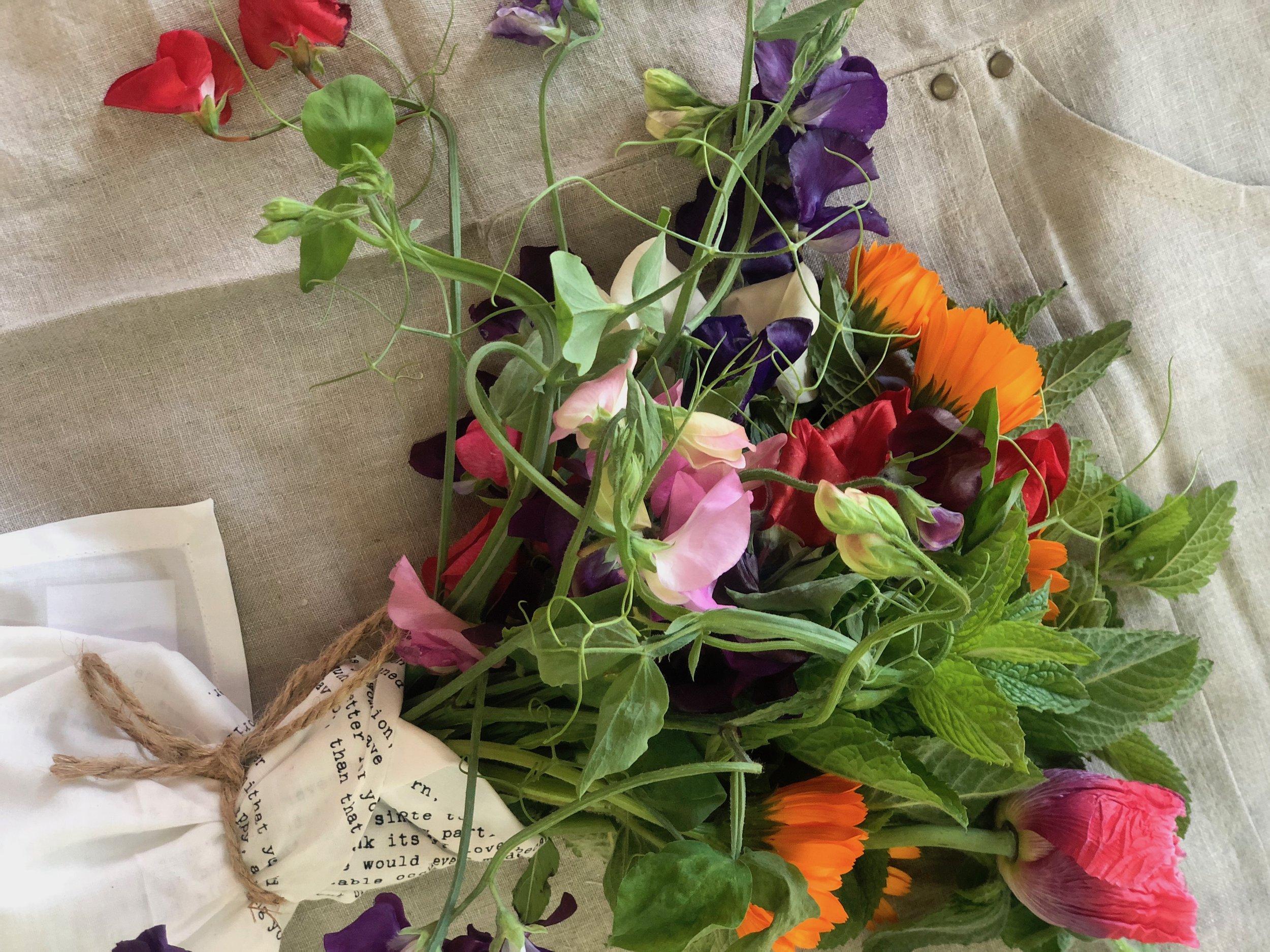 Market Bouquet/ S tone Hollow Farmstead - Harpersville, Alabama