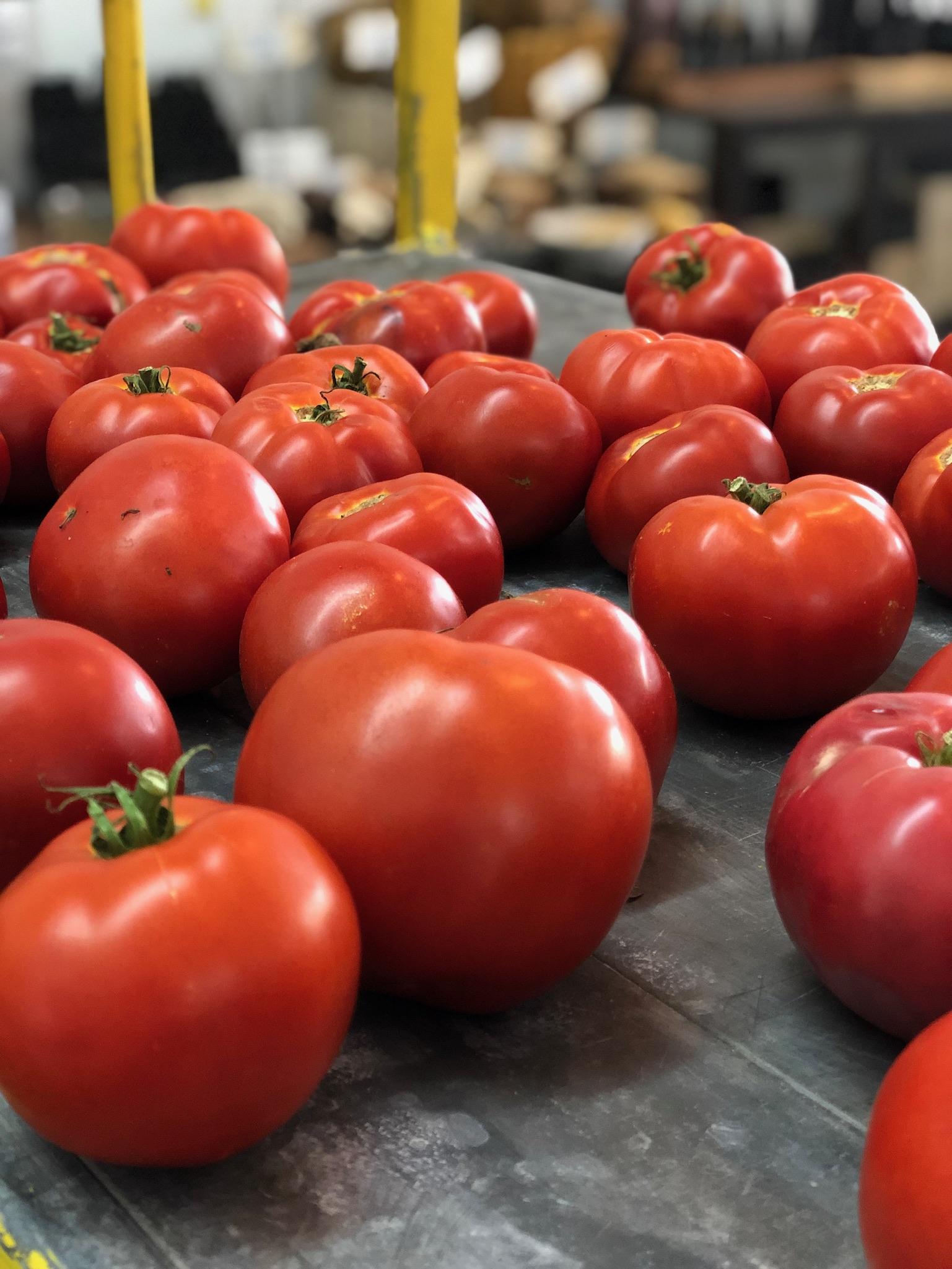 Beefsteak Tomatoes /  Belle Meadow - Tuscaloosa, Alabama