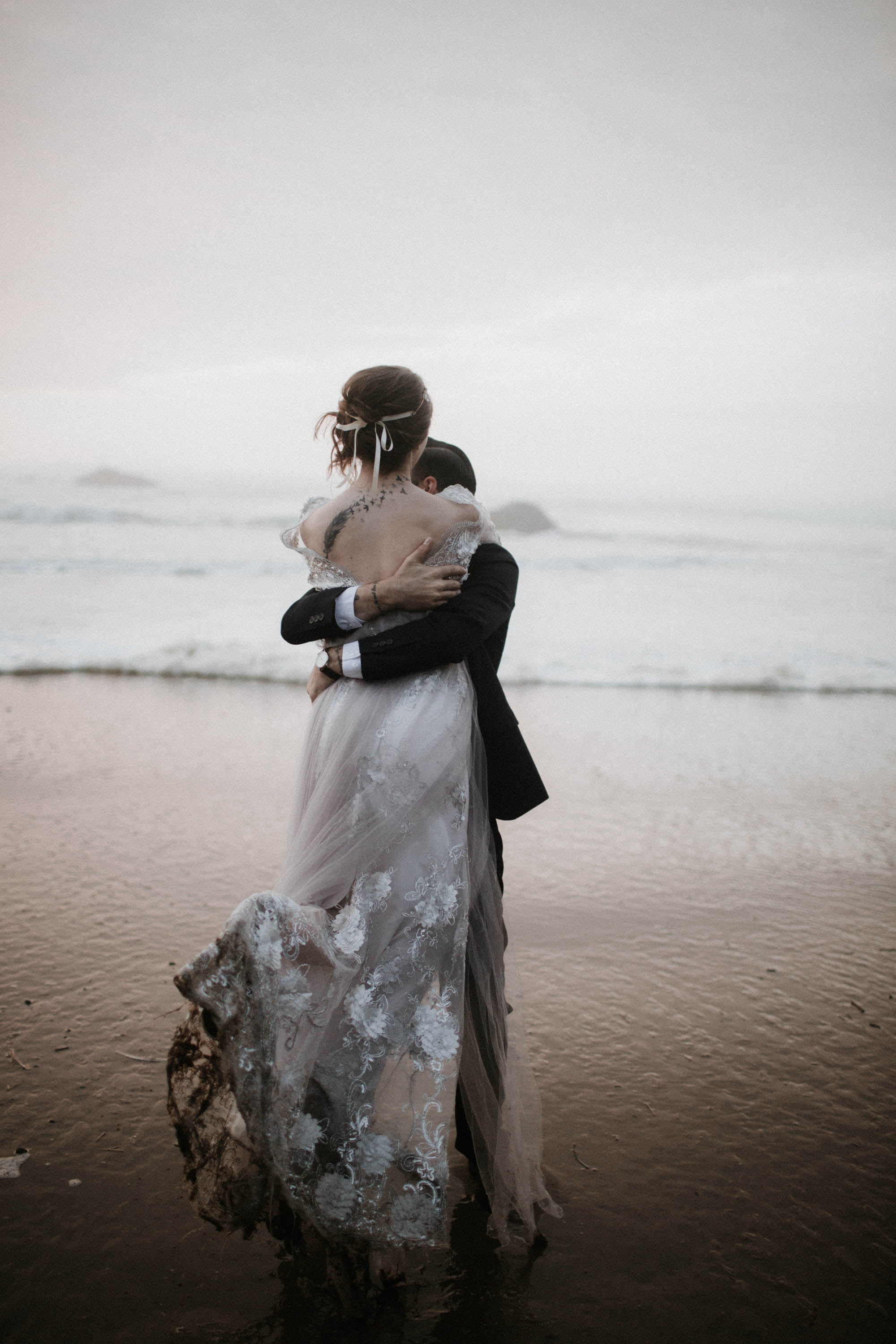 canonbeach_elopment_weddingphotographer-71.jpg