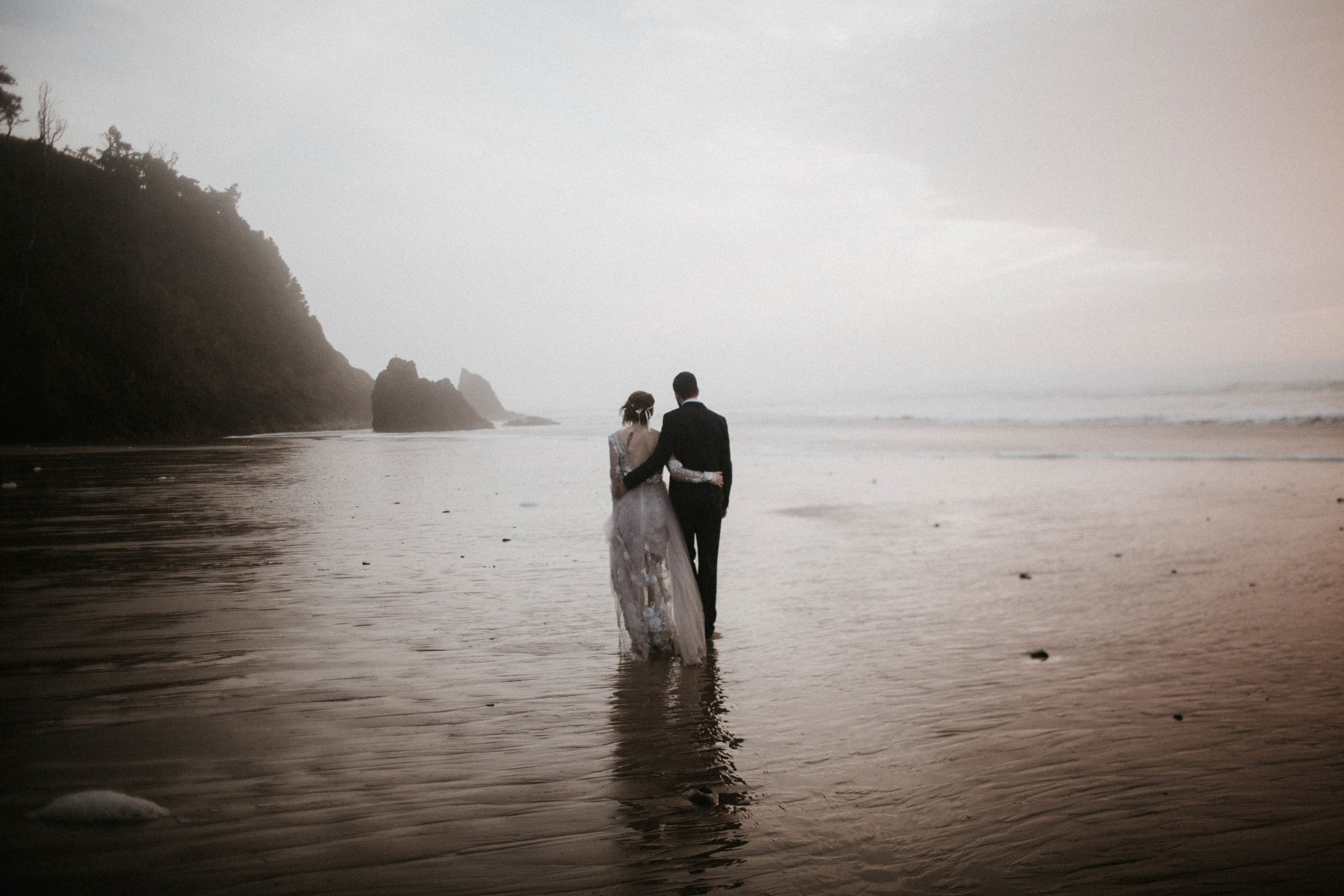 canonbeach_elopment_weddingphotographer-75.jpg