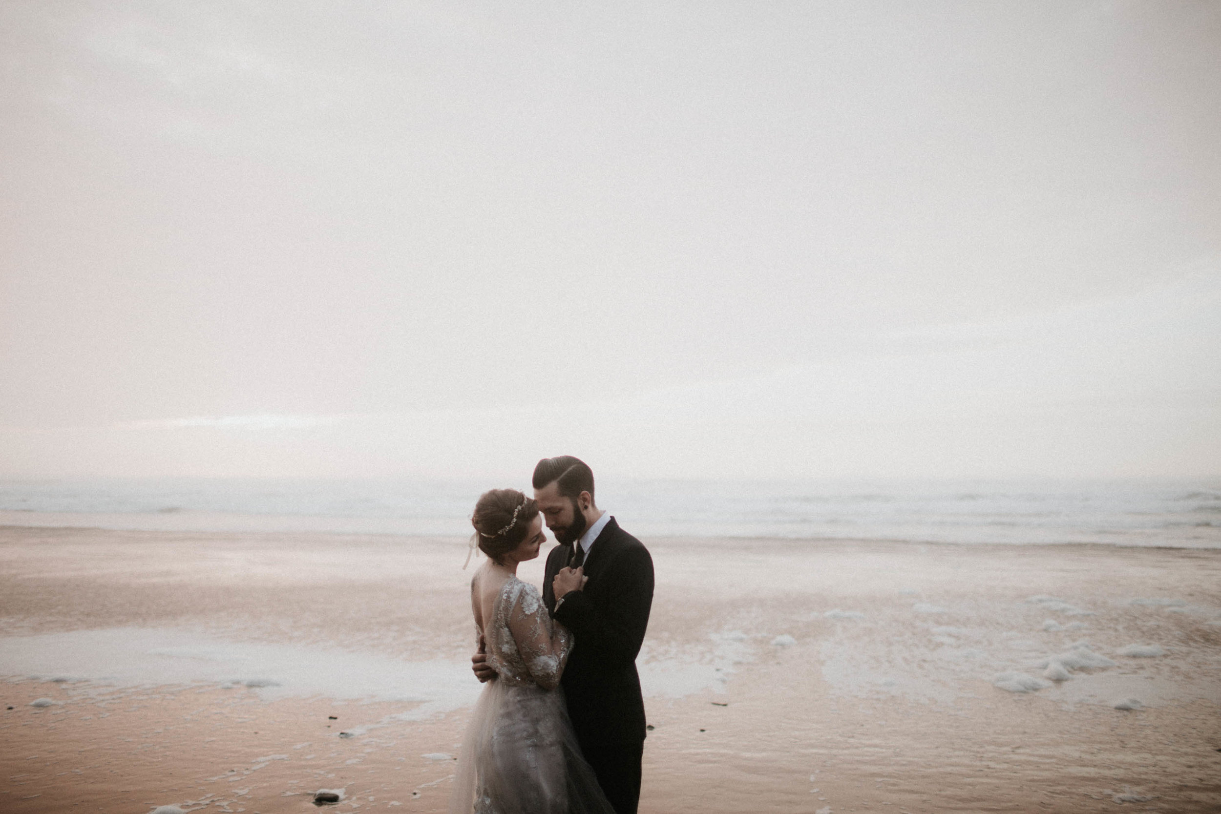 canonbeach_elopment_weddingphotographer-80.jpg