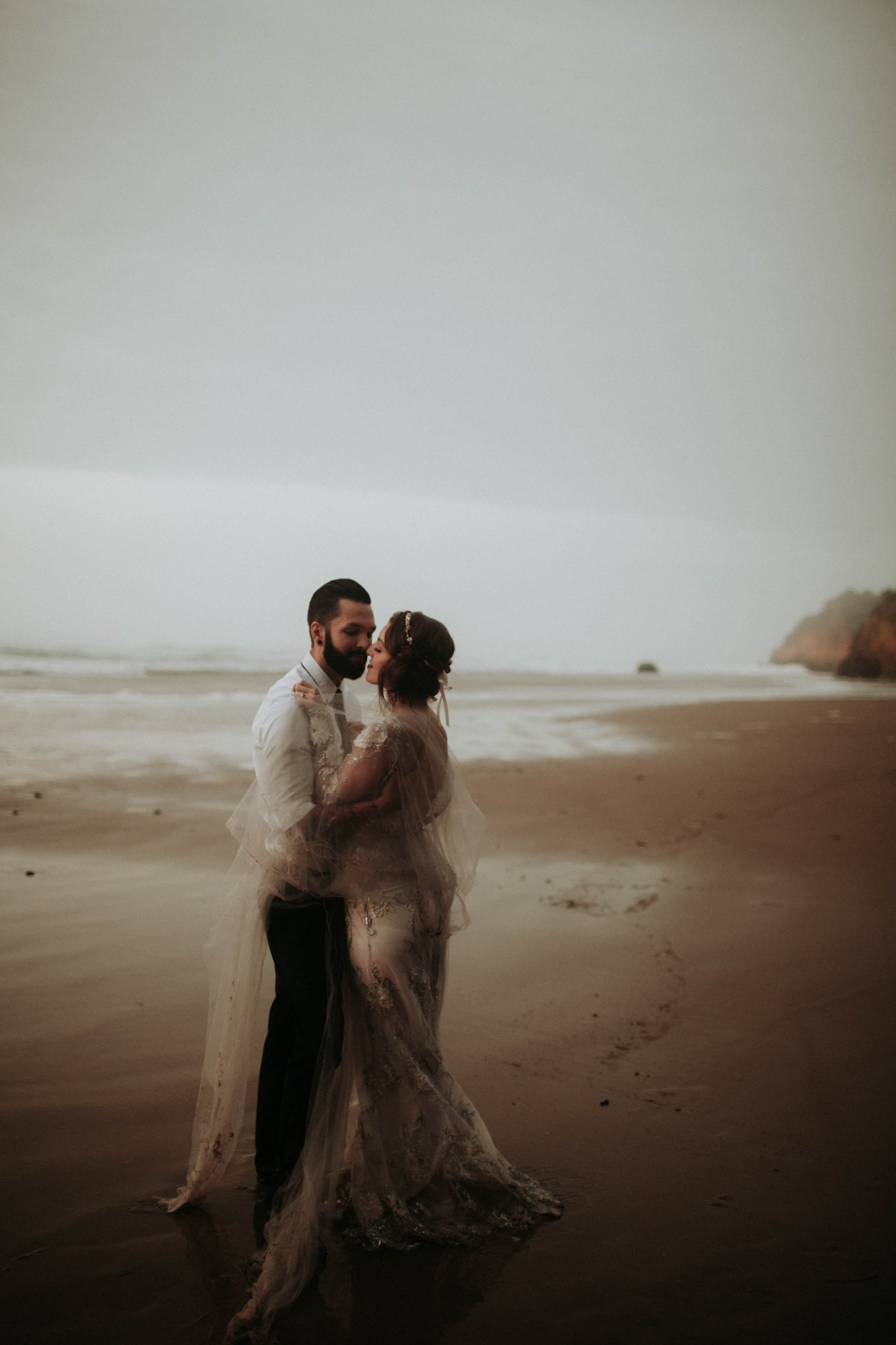 canonbeach_elopment_weddingphotographer-157.jpg
