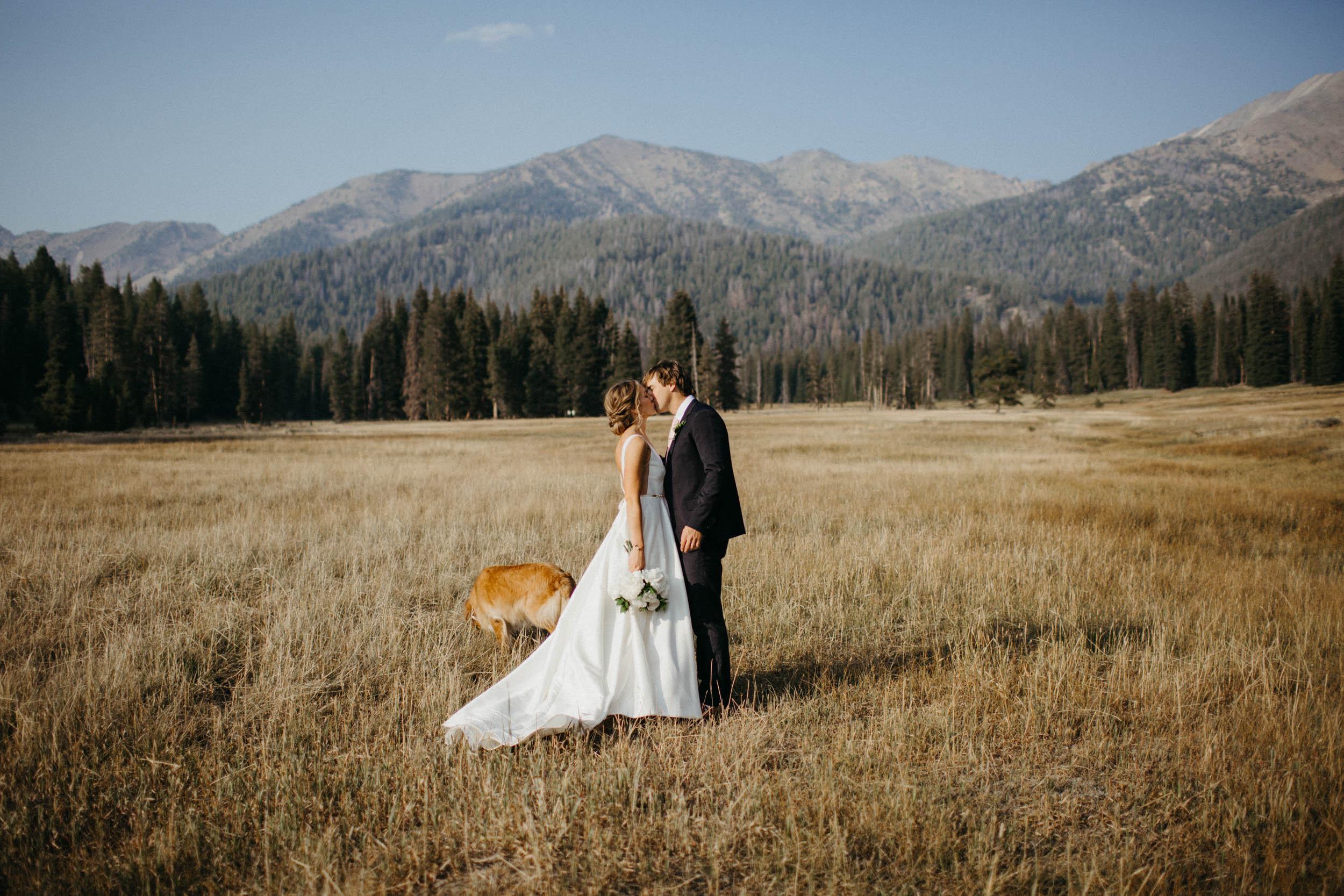 Dave & Amanda | Galena Lodge Wedding