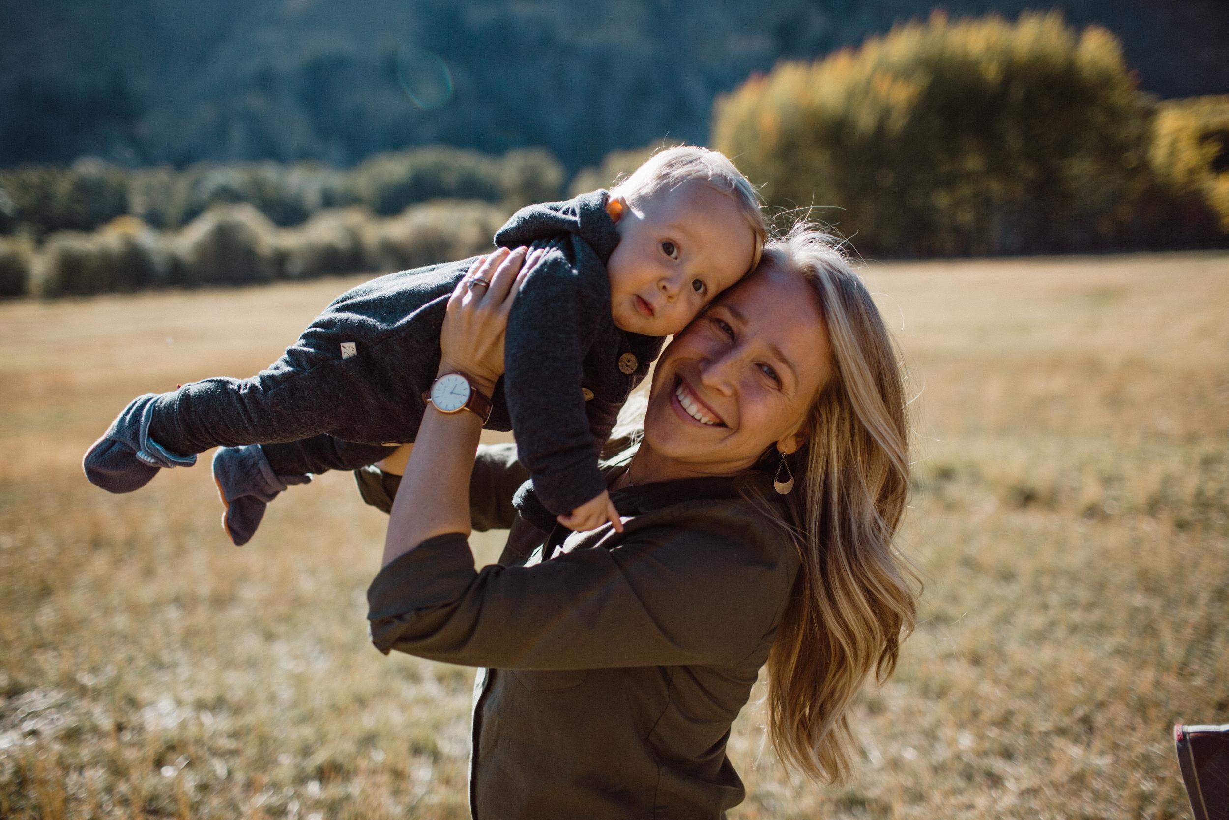 walkerfamily-Sunvalleyfallfamilyphotos-8.jpg
