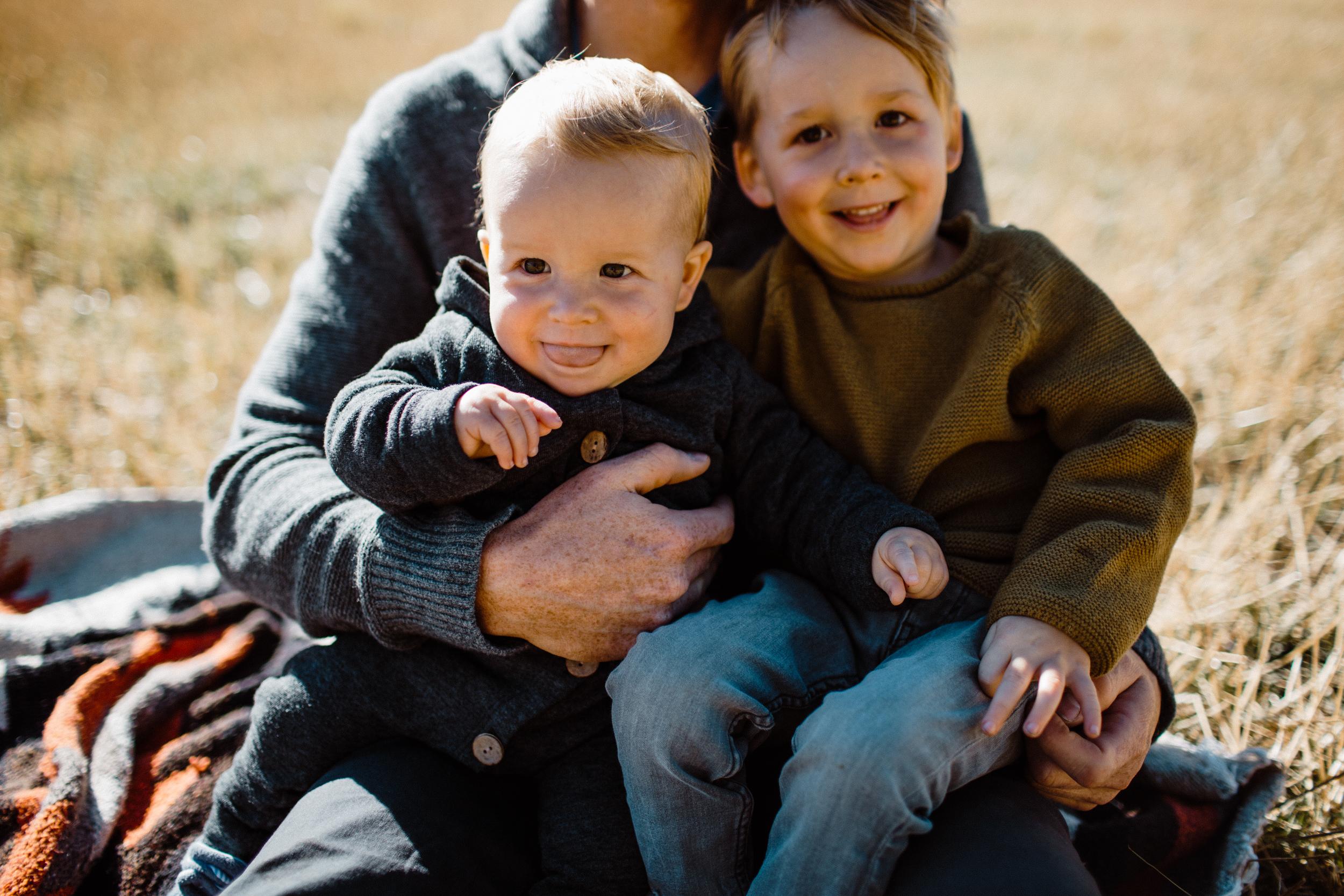walkerfamily-Sunvalleyfallfamilyphotos-36.jpg