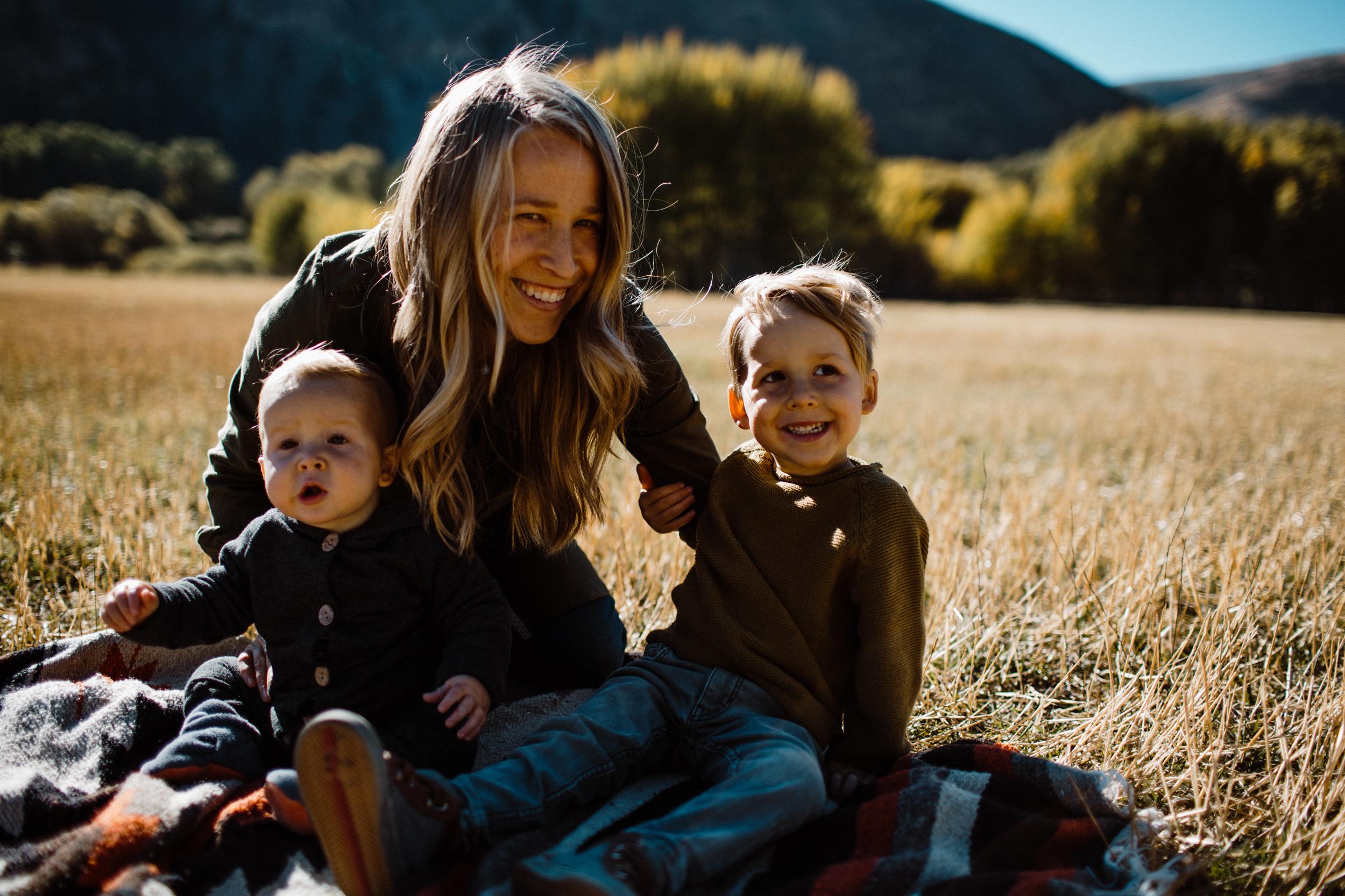 walkerfamily-Sunvalleyfallfamilyphotos-35.jpg