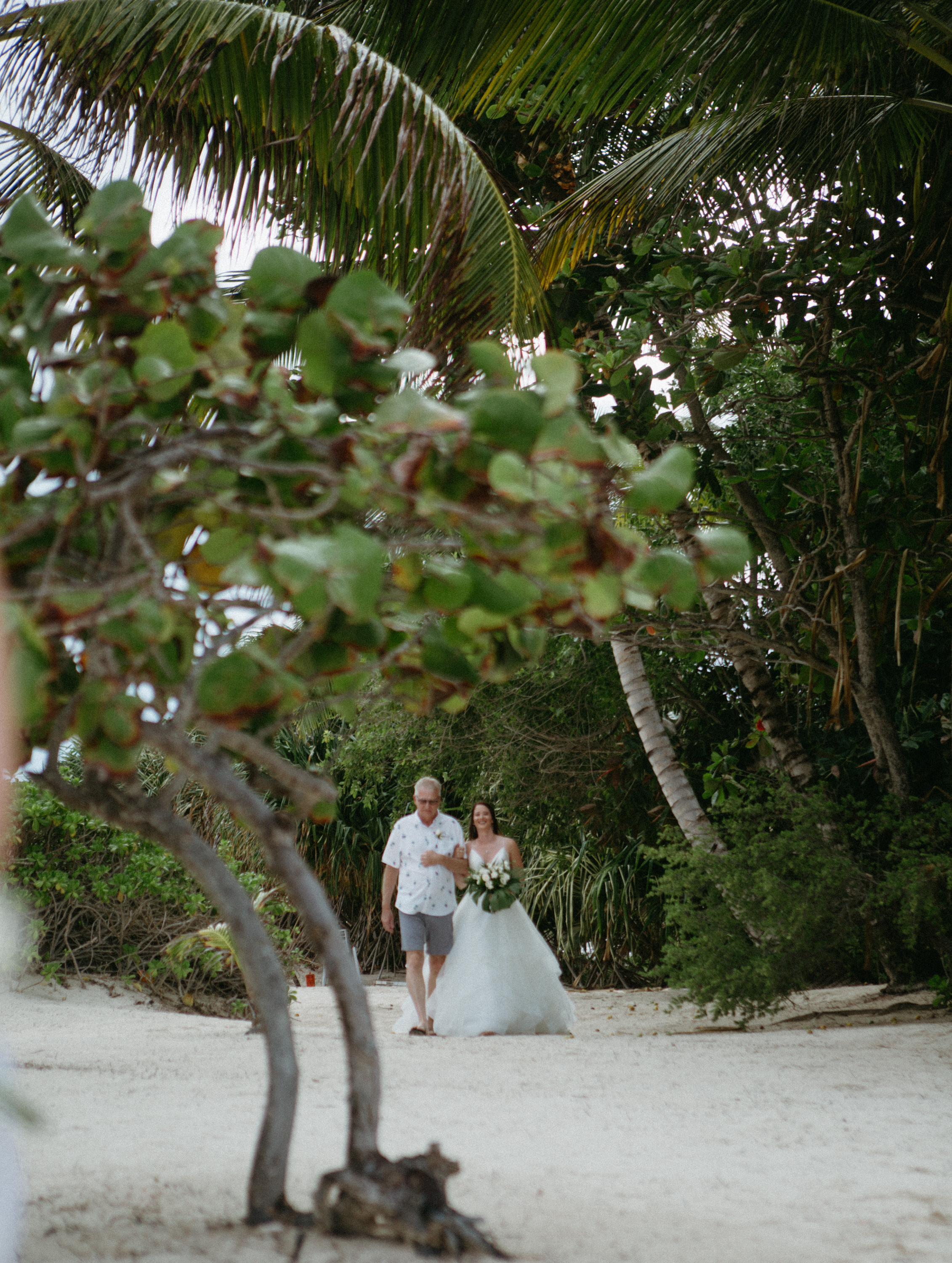 san-pescador-belize-wedding-christinemariephoto-j-k-84.jpg
