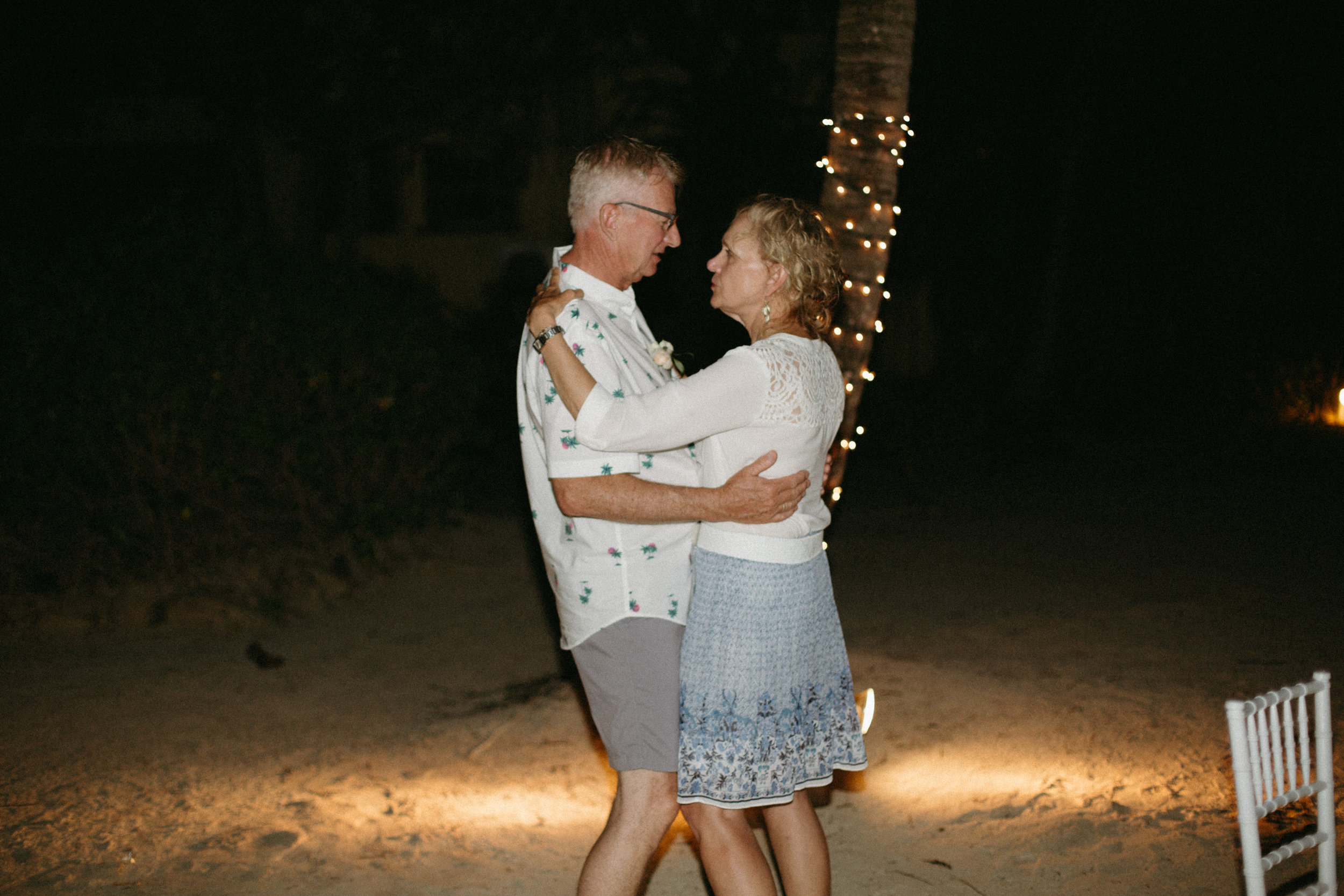 san-pescador-belize-wedding-christinemariephoto-j-k-165.jpg