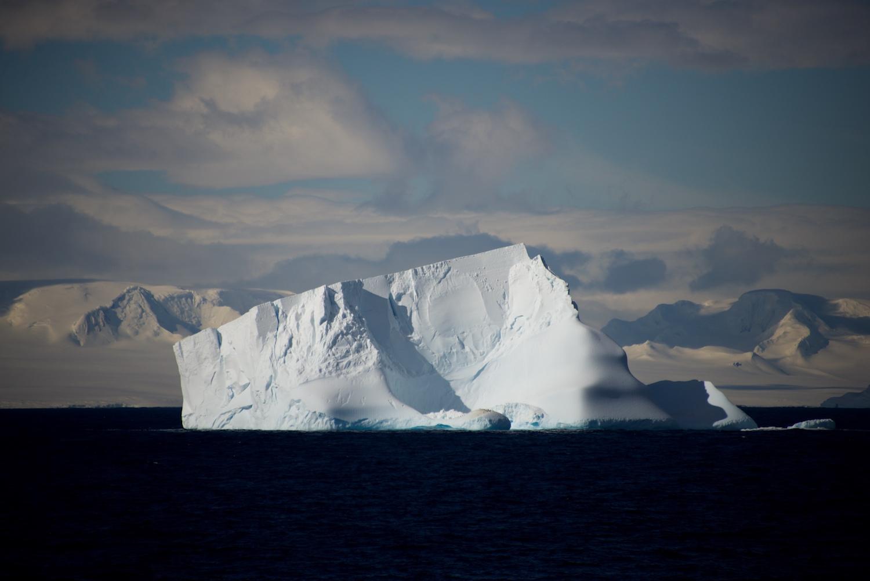 Iceburg1.jpg