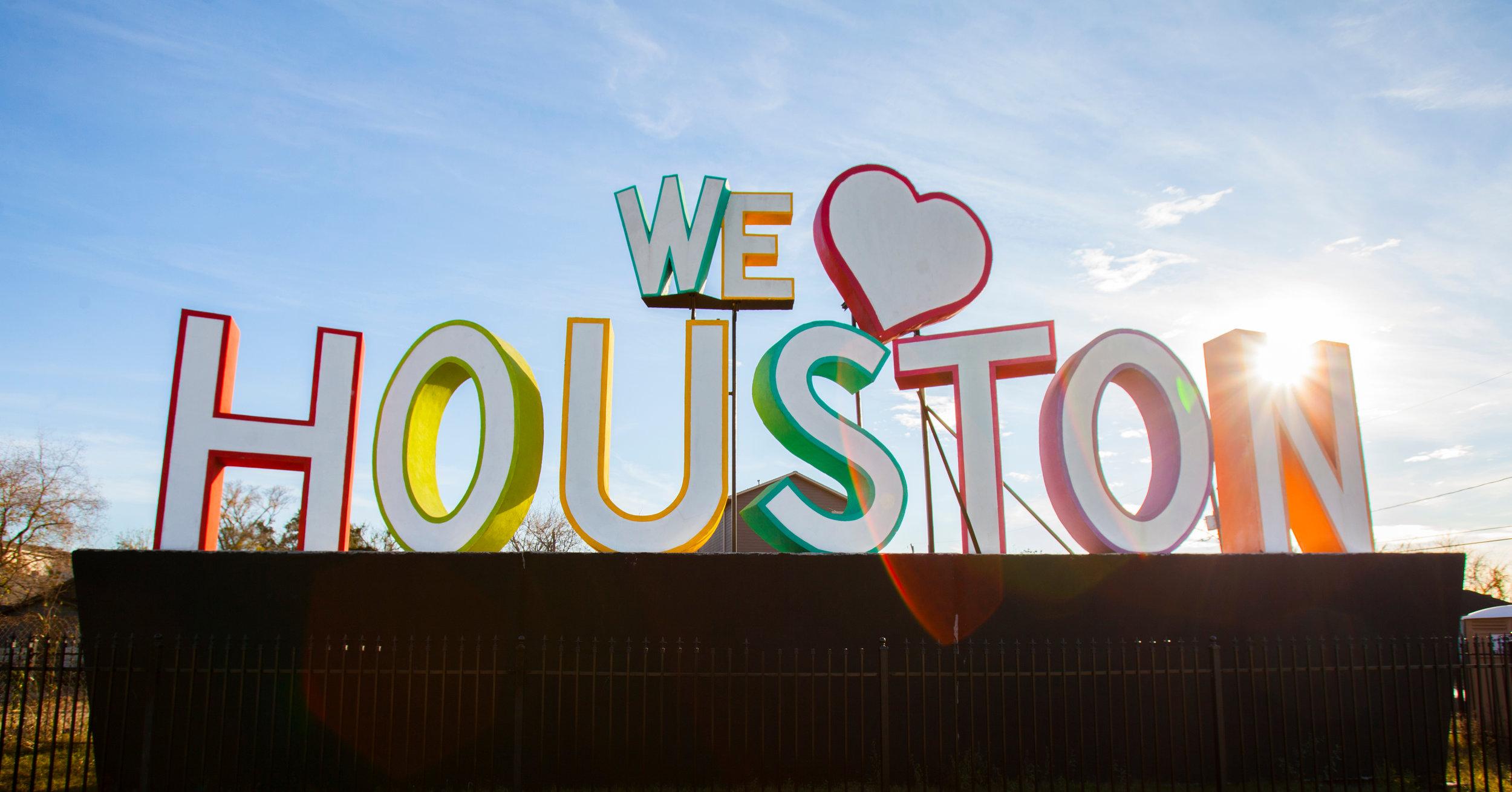 We__Heart__Houston_2_SVKLYKpq_8sqw8qrTedsqWs18q0ABlZBh_rgb_l.jpg