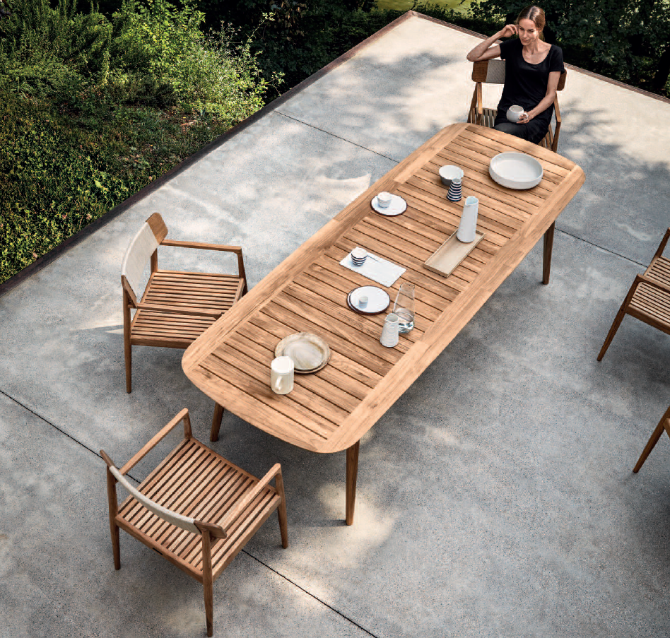Gloster's New Clipper Dining Table