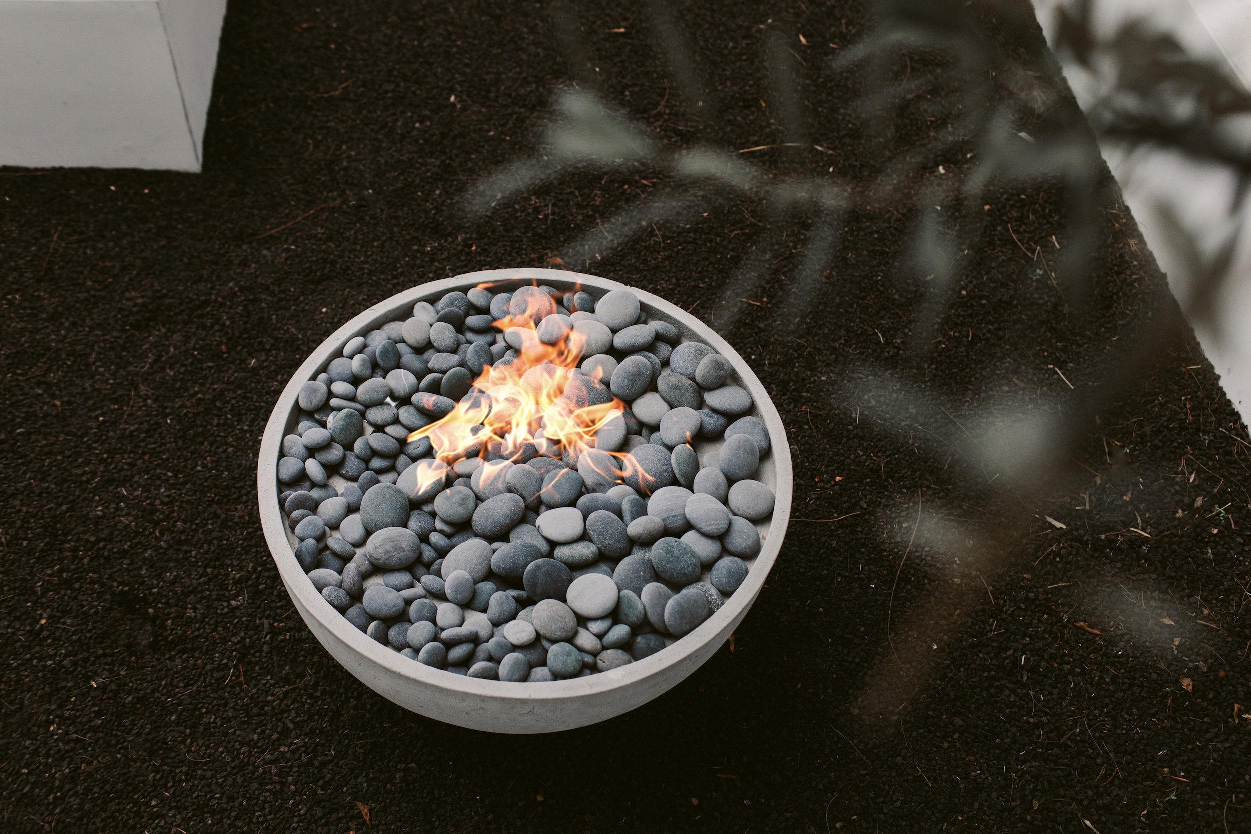 Dekko Serenade Firepit