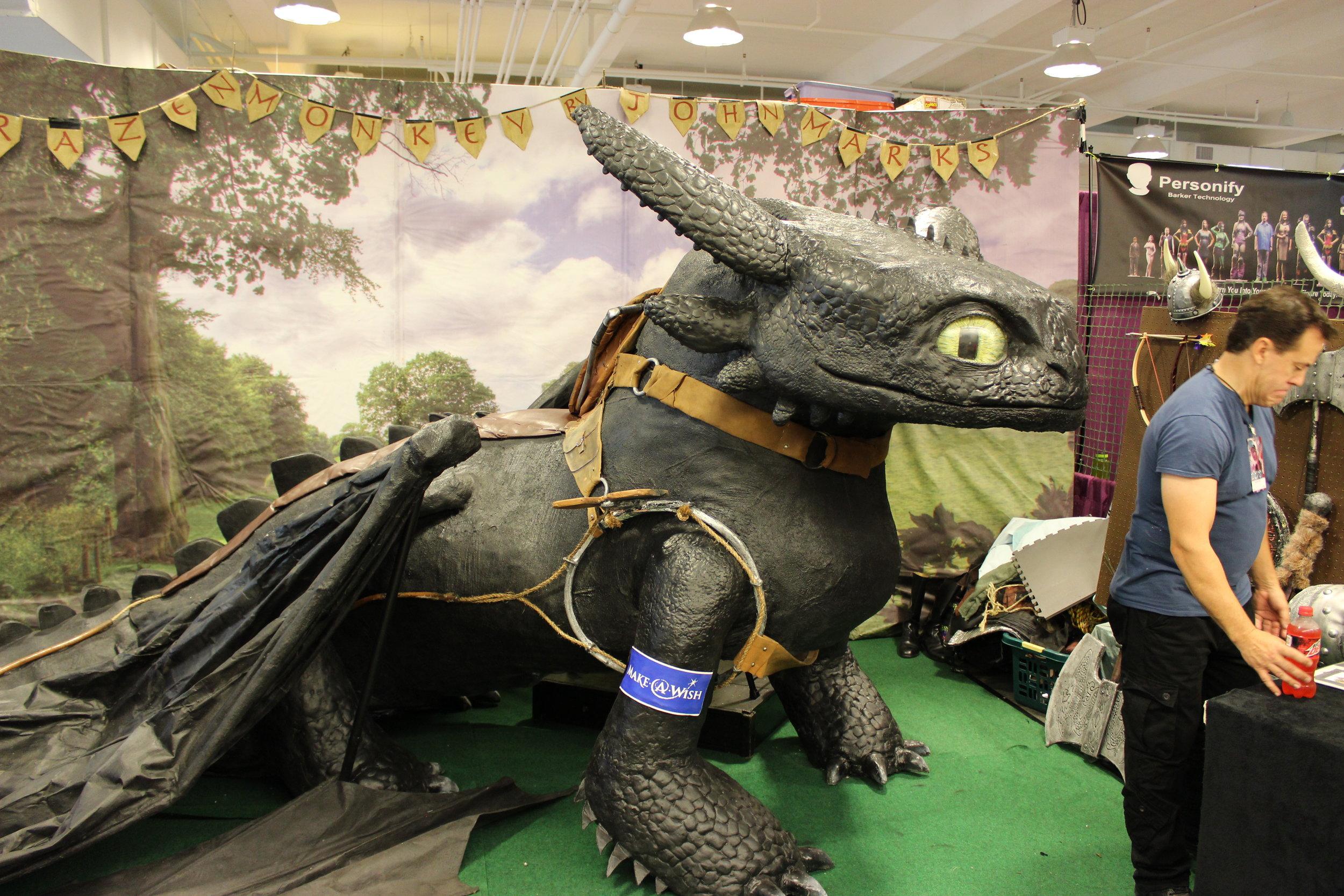 Life-sized Toothless created by John Marks of  BrazenMonkey .