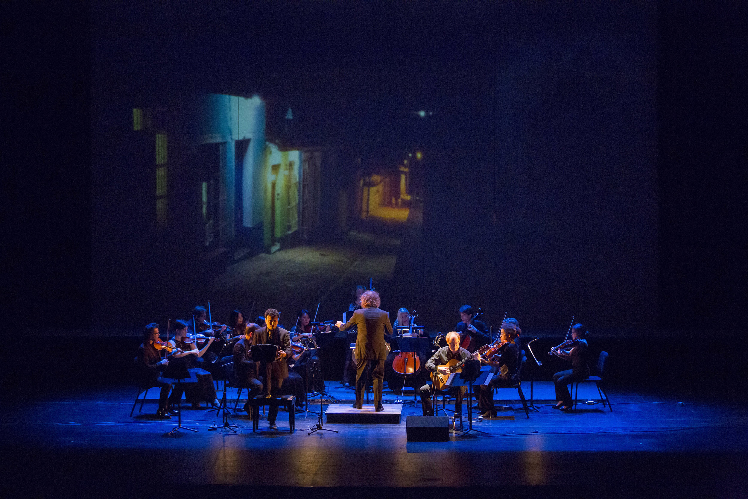 Mercury performs Bach and Piazzolla 1, (c) Runaway Productions.jpg