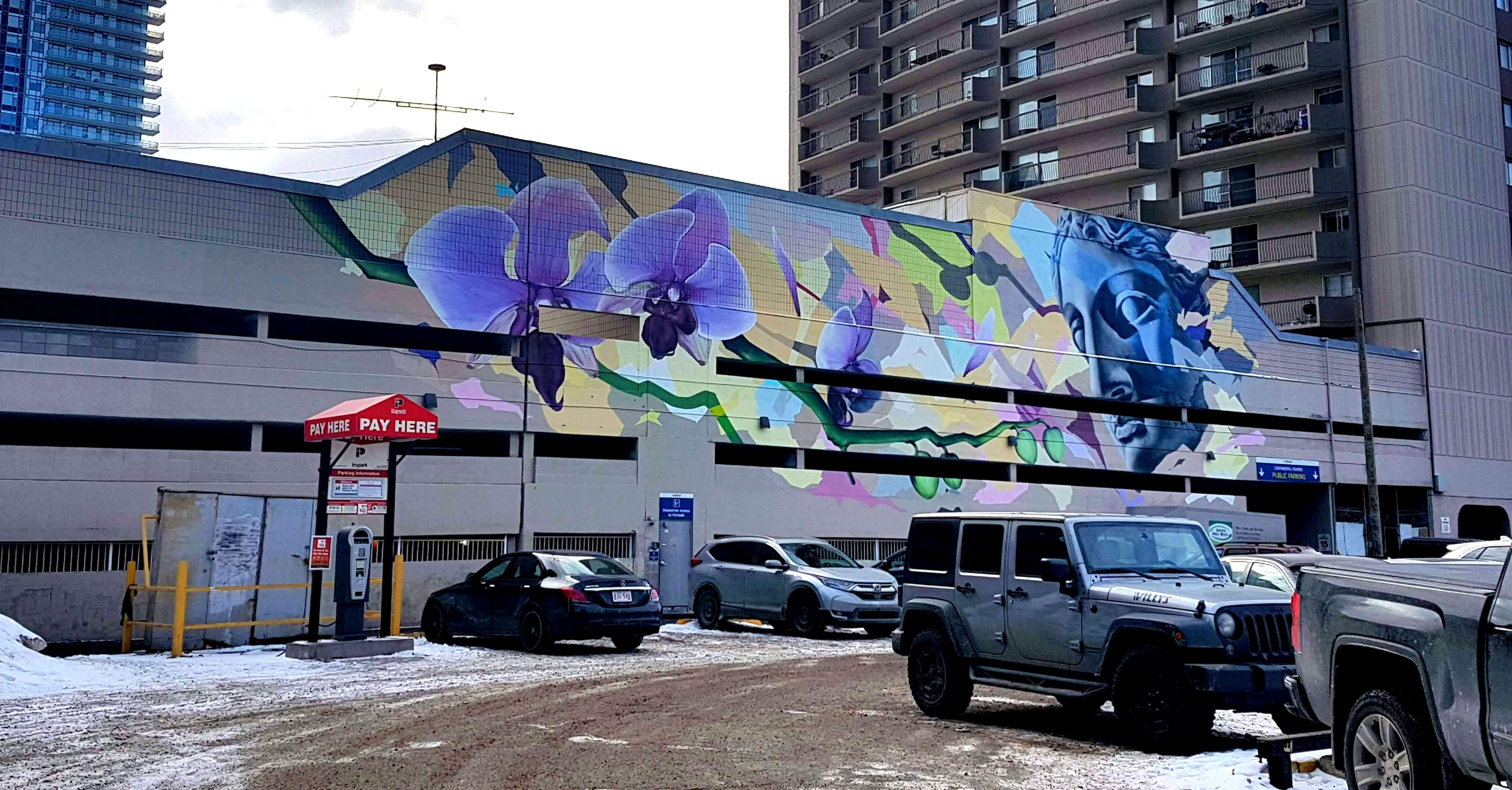 Mural by Alex Kwong and Sergey Ryutin for the Downtown West Community Mural Project