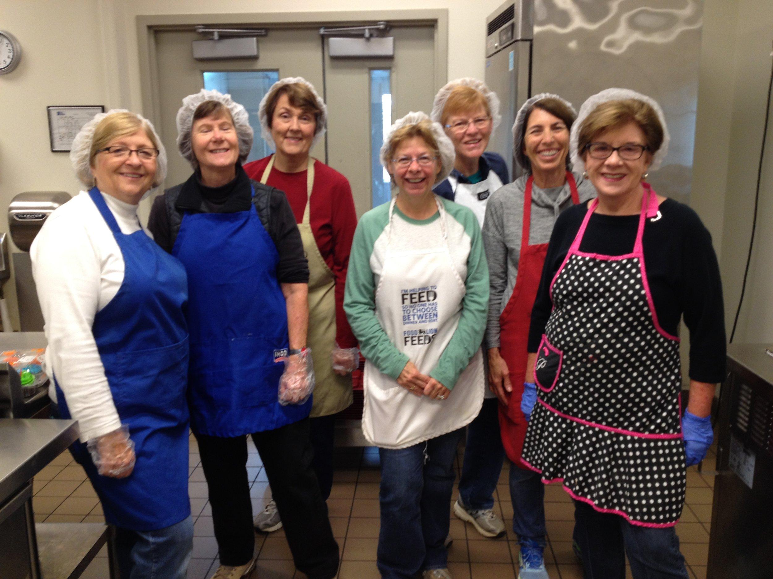 Ladies Team (the cooks) 2016.jpg
