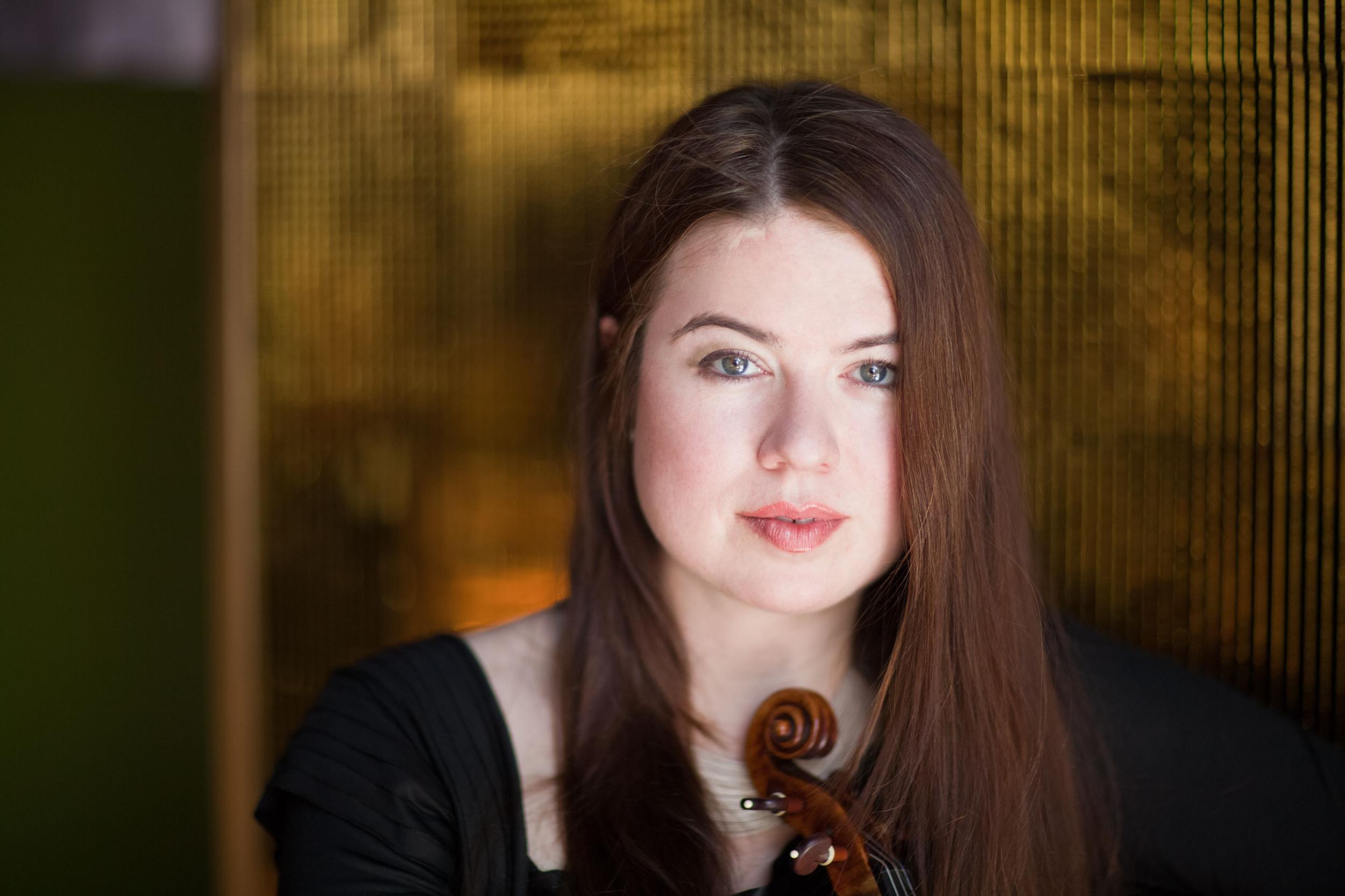 LARA ST. JOHN  violin