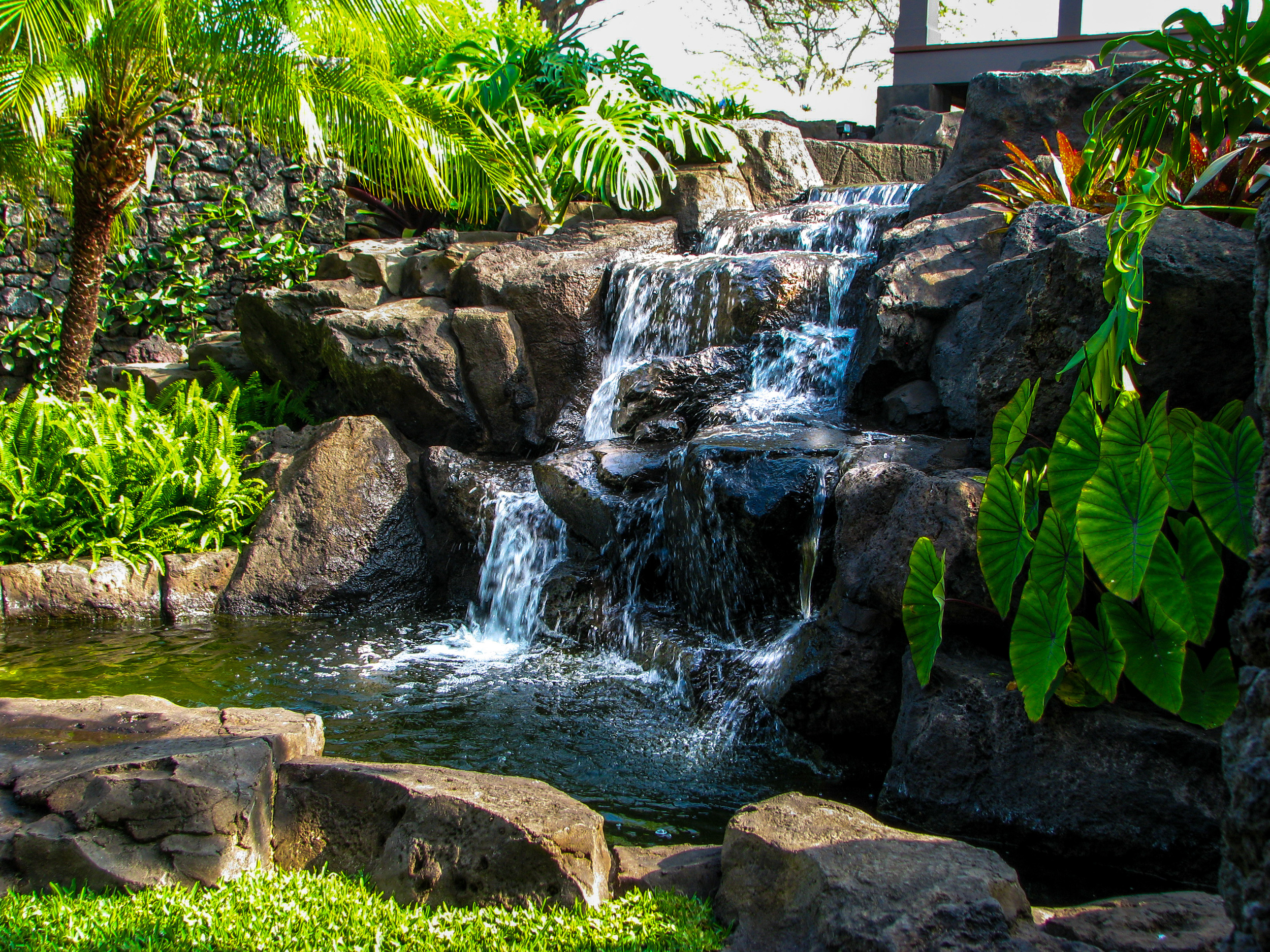 Waterfall Hawaii_Bolton Inc_Waterscape.jpg