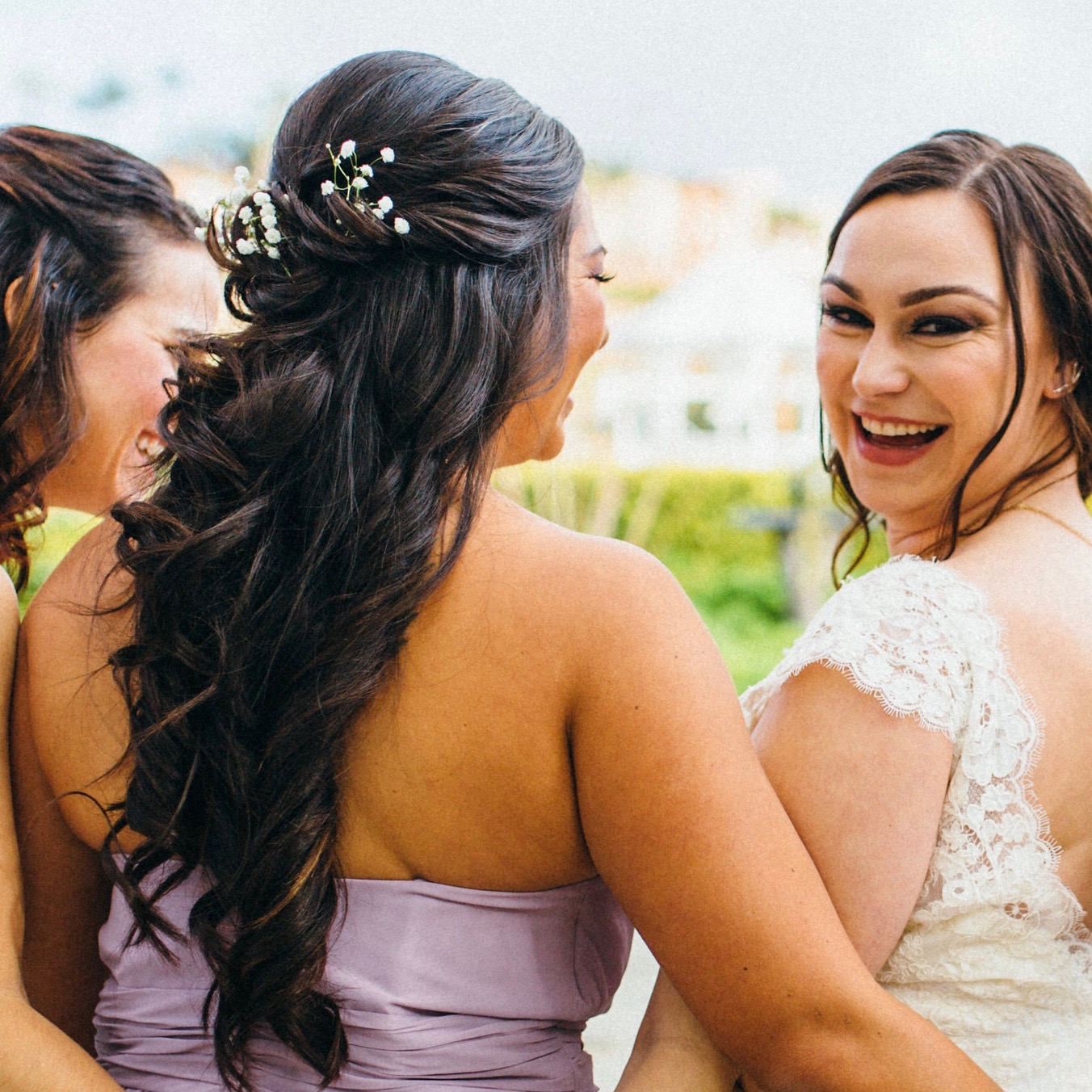 Hair styling:Fresh Faces by Emily  Makeup: Lindsay Ann Makeup  Photography: Vacay Photo