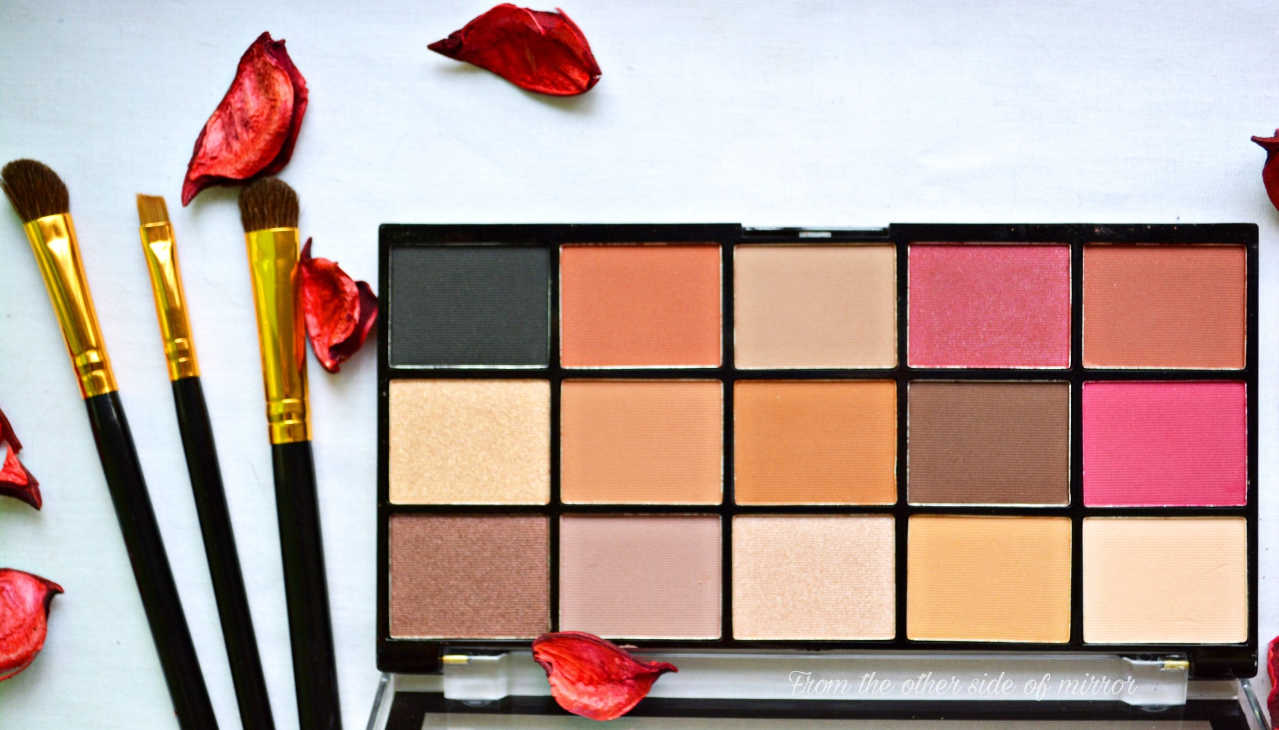 Makeup Revolution Reloaded Pallette - Iconic Vitality