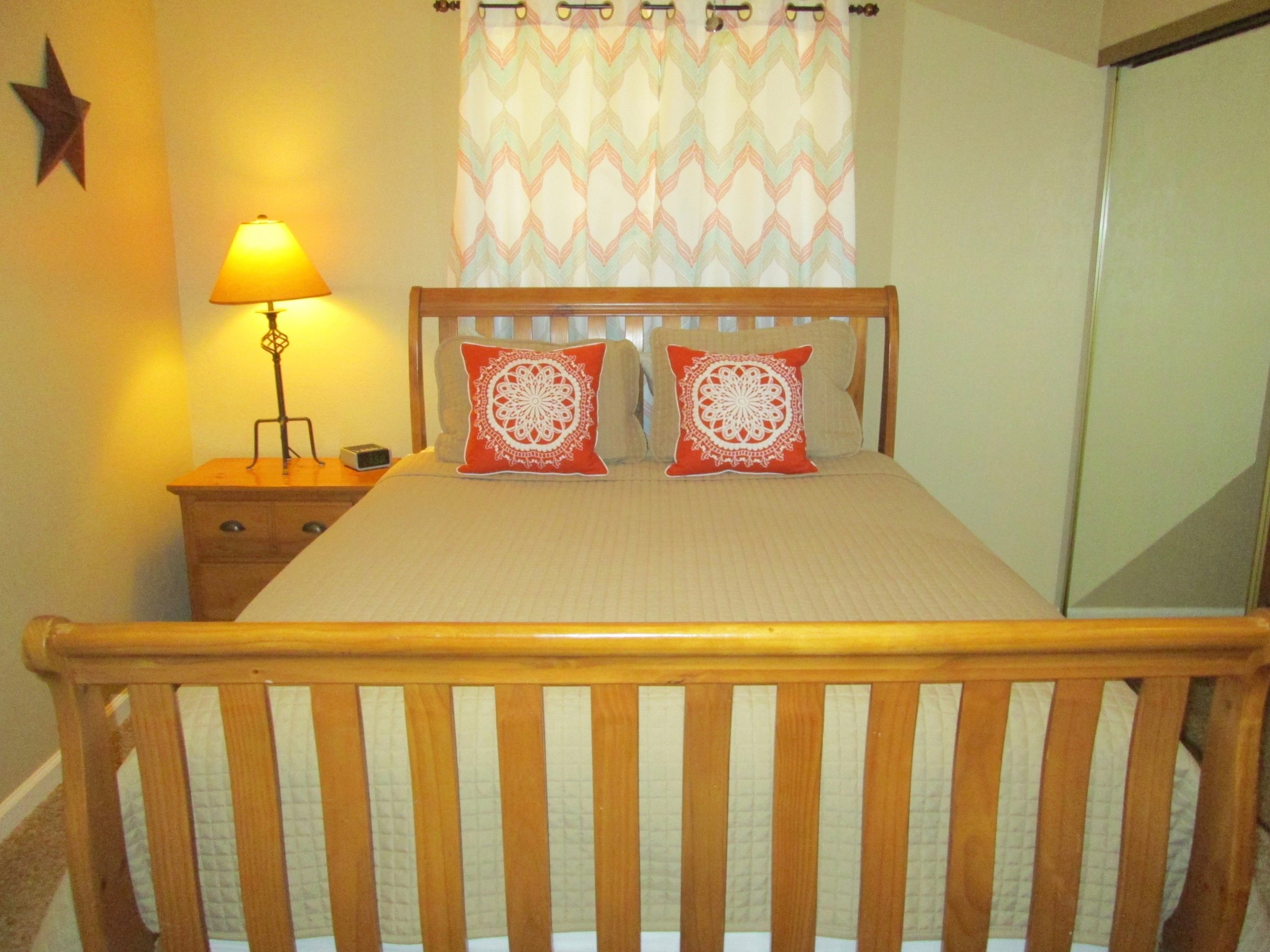 Pine Spring east bedroom