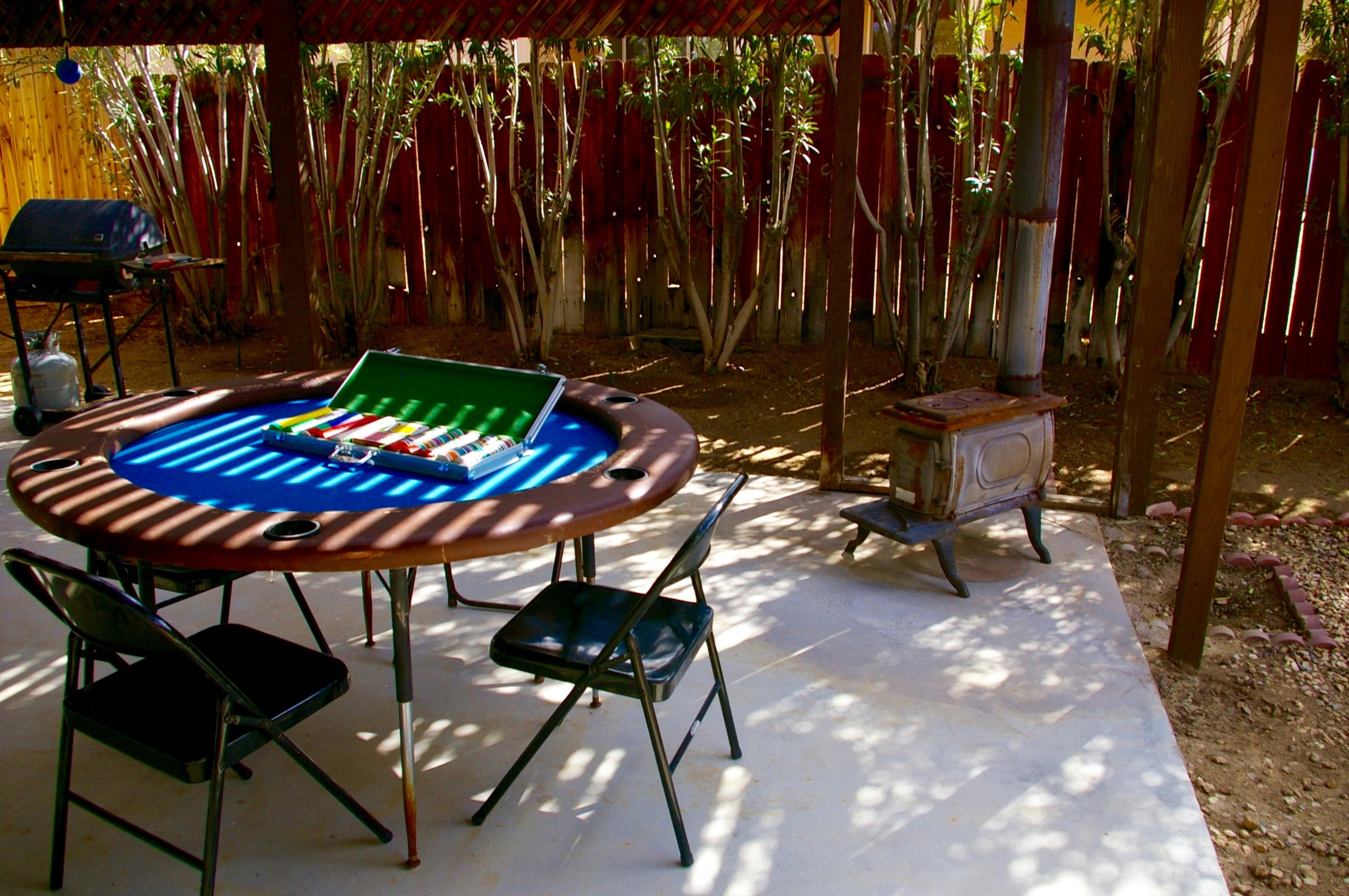 Pine Spring patio Poker table