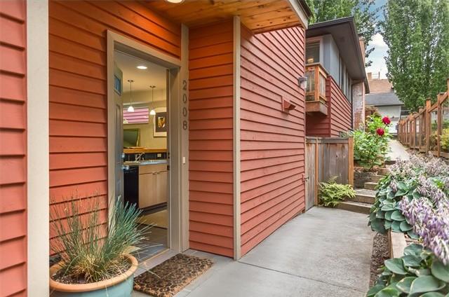2008 15th Ave S, Seattle, WA   $329,000