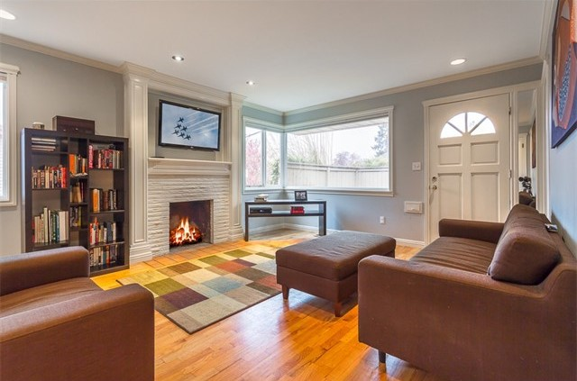 2316 W Dravus St, Seattle, WA   $375,000
