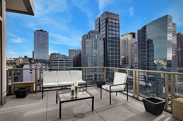 910 Lenora St #S1503, Seattle, WA   $800,000