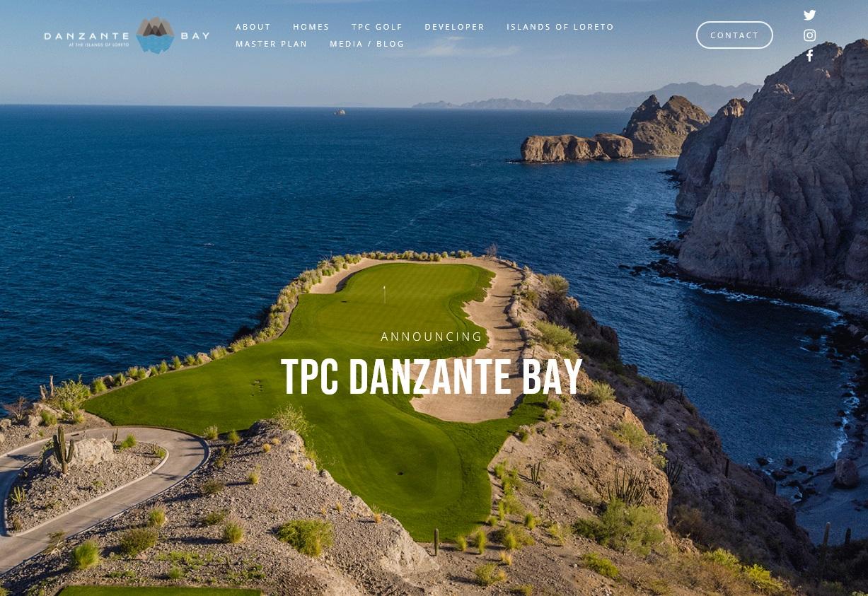 Danzante Bay surrounded by Sierra de la Giganta mountains and the Islands of Loreto