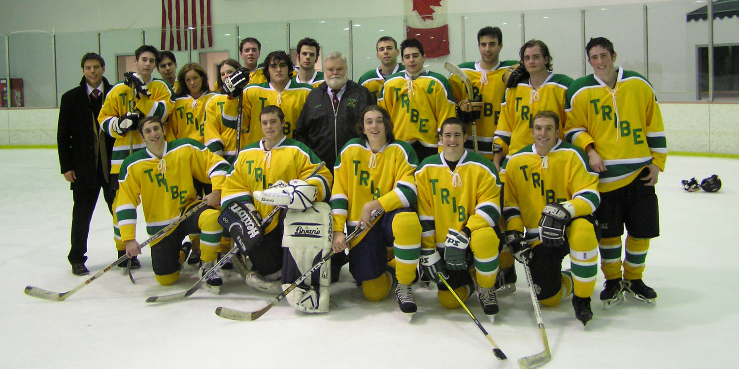 2004 Team Pic web.JPG