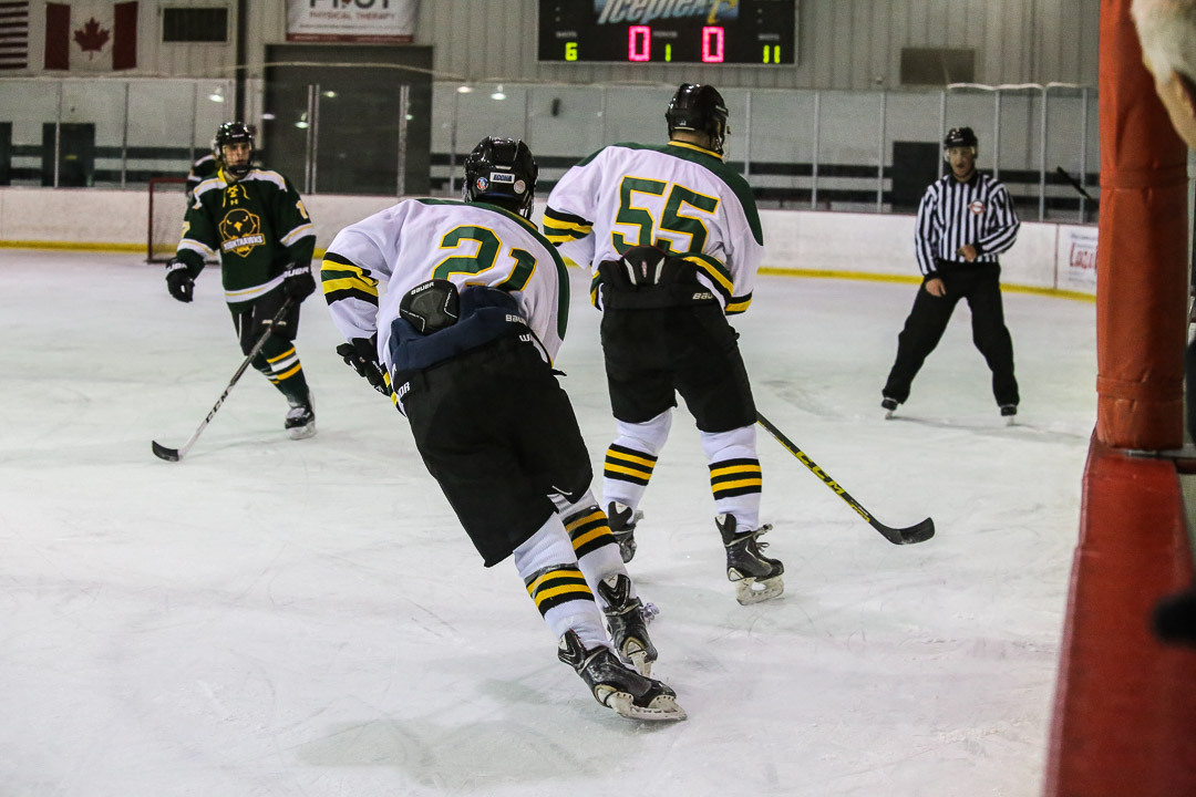 20171110-hockey-game-14.jpg