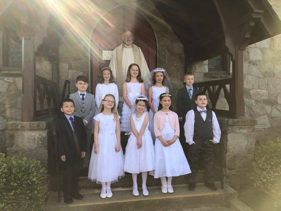 2018 Communion Class (Stefanie Torpey.jpg