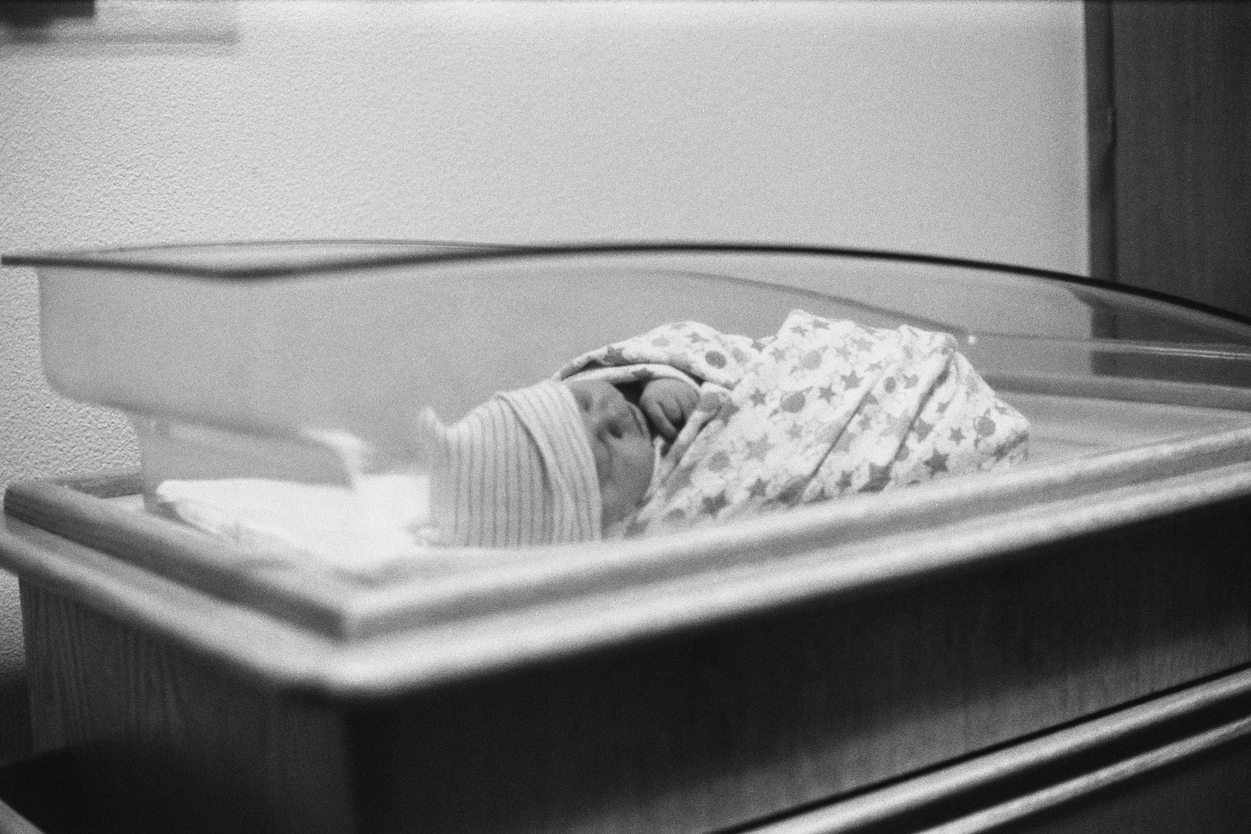 Baby Ellie's Arrival 2016AA022.jpg