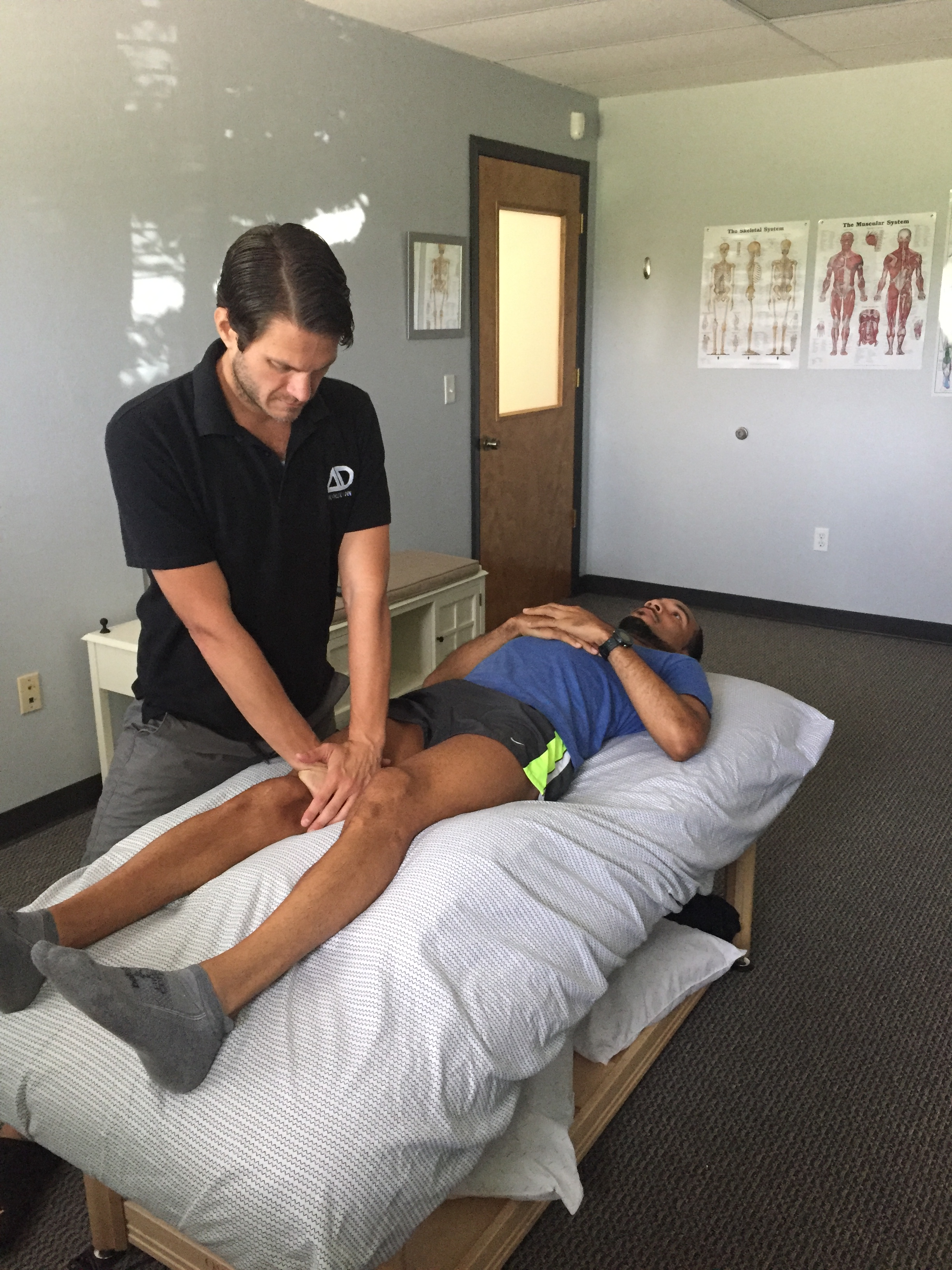 Clearing the suprapatellar pouch in a runners knee can help to increase the elastic recoil of the quadriceps tendon during the swing cycle of your gait.