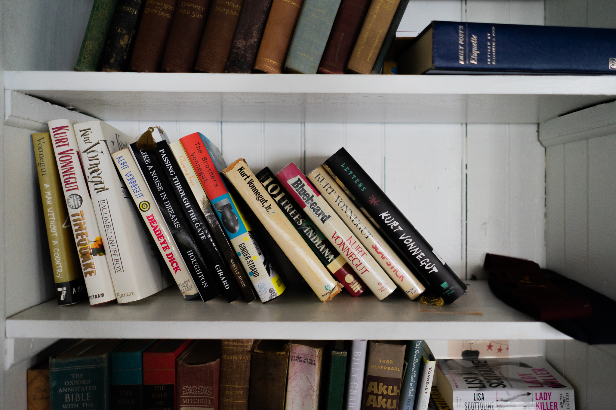 A bookshelf inside the original house's great room holds most all of Vonnegut's work. Kyra McAndrews read two – Slapstick and A Man Without a Country – during our three-day stay.