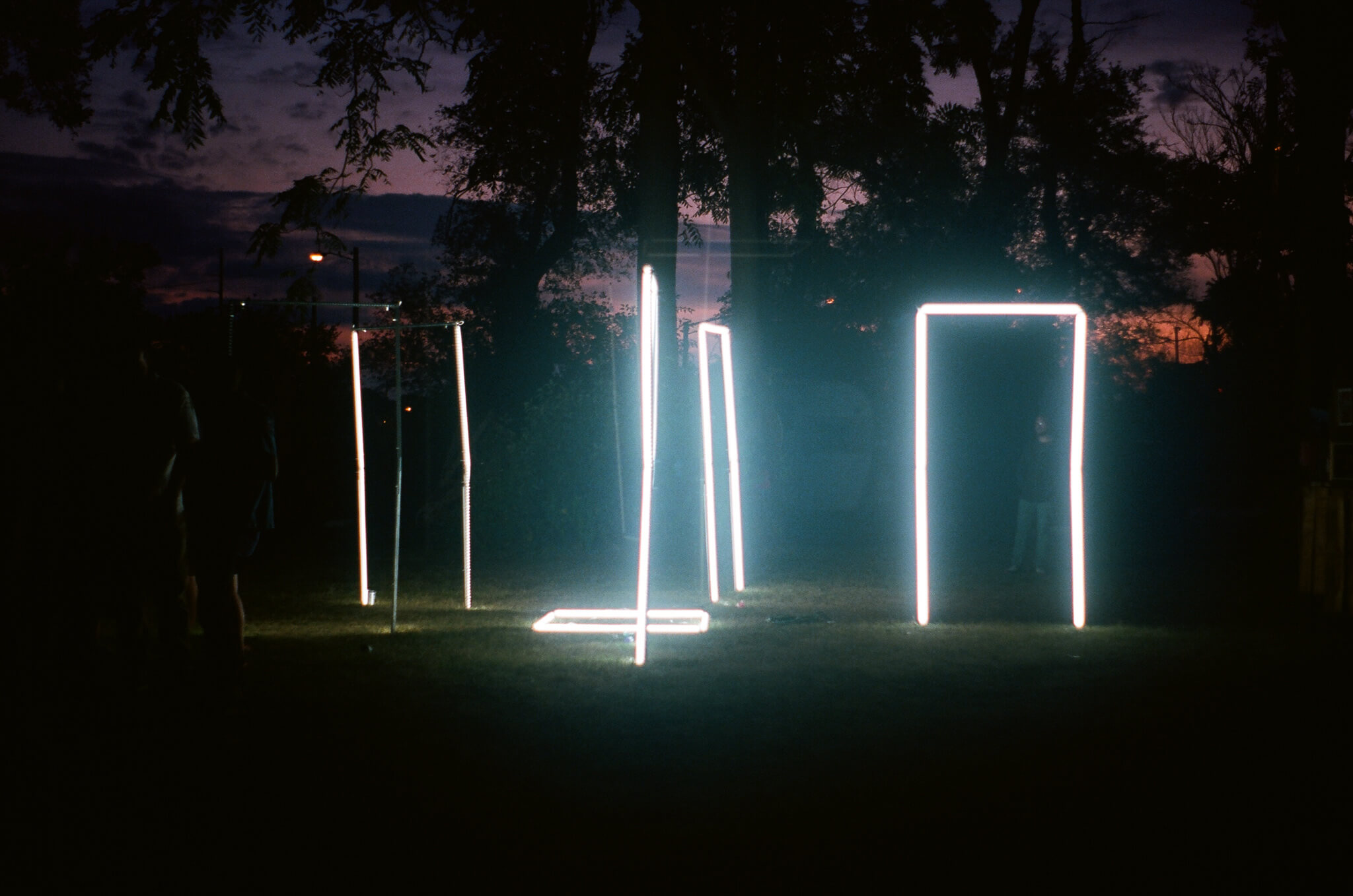 Light sculpture by  GIIIVENS .