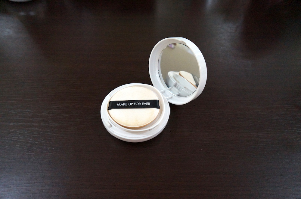 make up for ever uv bright cushion spf 35 pa+++ in y225