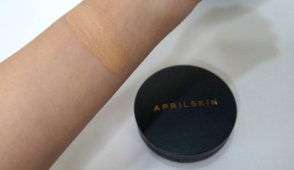 April Skin Magic Snow Cushion 2.0 in #23 swatched; high coverage