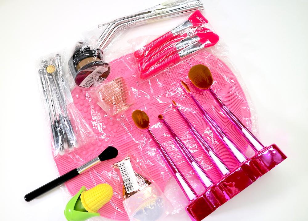 harry potter wand eyeshadow brushes, round foundation brush, steel straws, silicone brushes, beauty blender holder, highlighter brush, corn face brush, mermaid brush, paddle brushes, brush mat