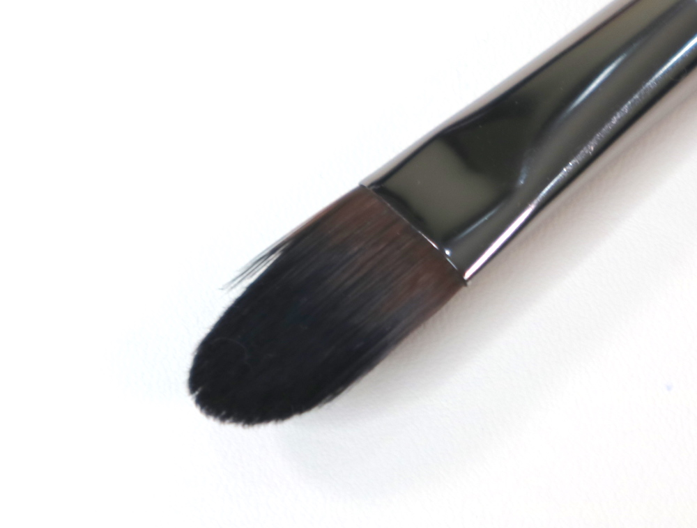 #176 Concealer Brush